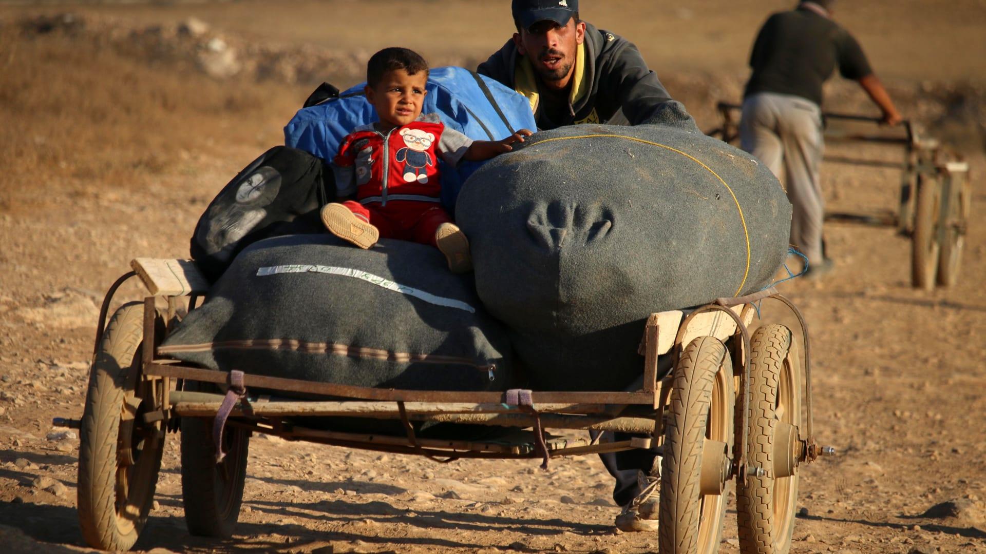 """الحكومة السورية تدعو النازحين للعودة إلى مناطقهم بعد """"تحريرها من الإرهاب"""""""