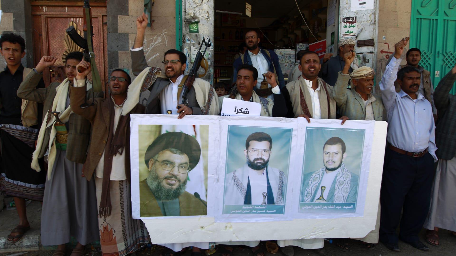 الحوثي يشيد بمواقف حسن نصرالله ويدعو لتعزيزات بالساحل الغربي