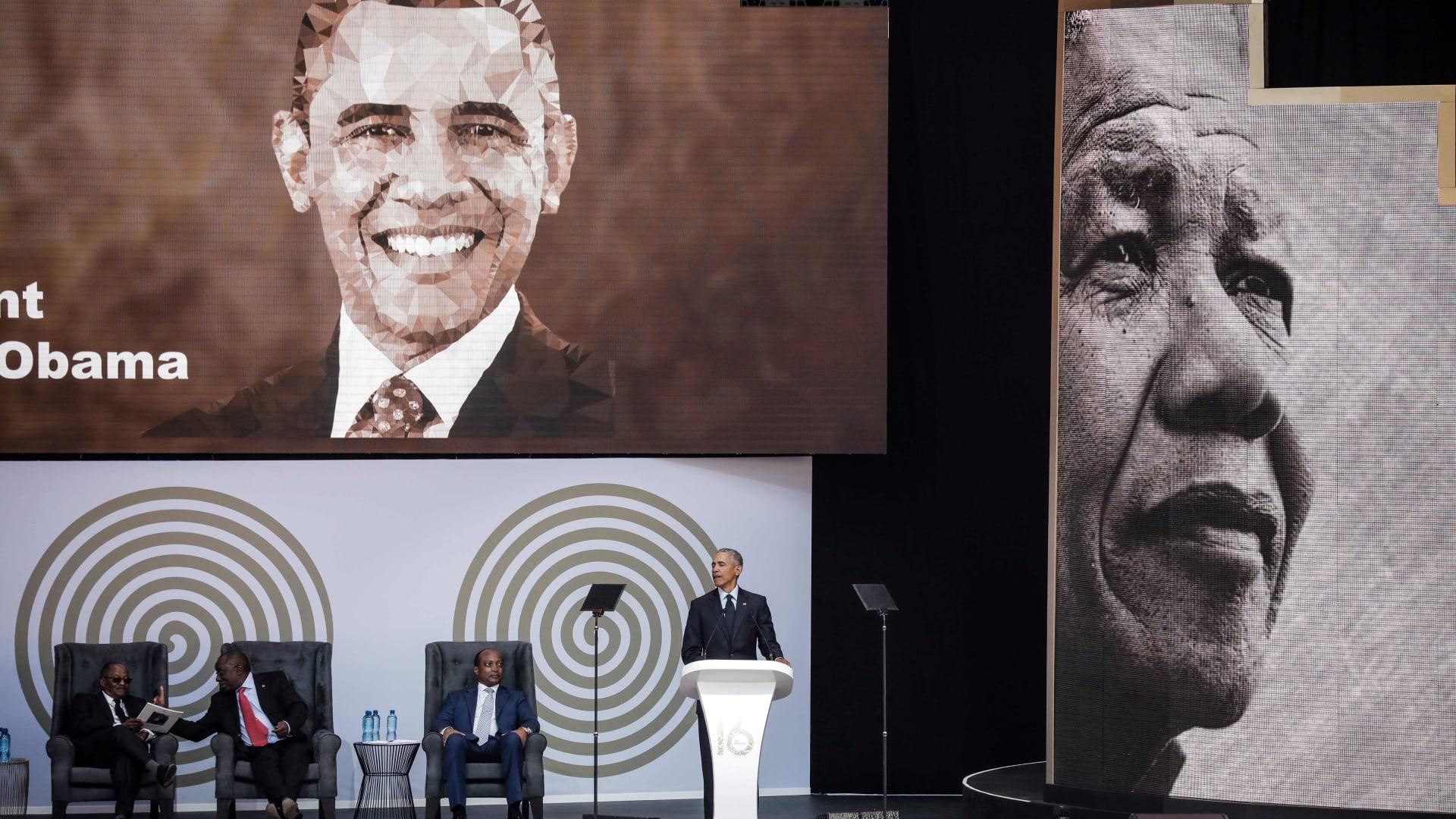 أوباما يوجه رسائل ضمنية ضد سياسات ترامب في مئوية مانديلا