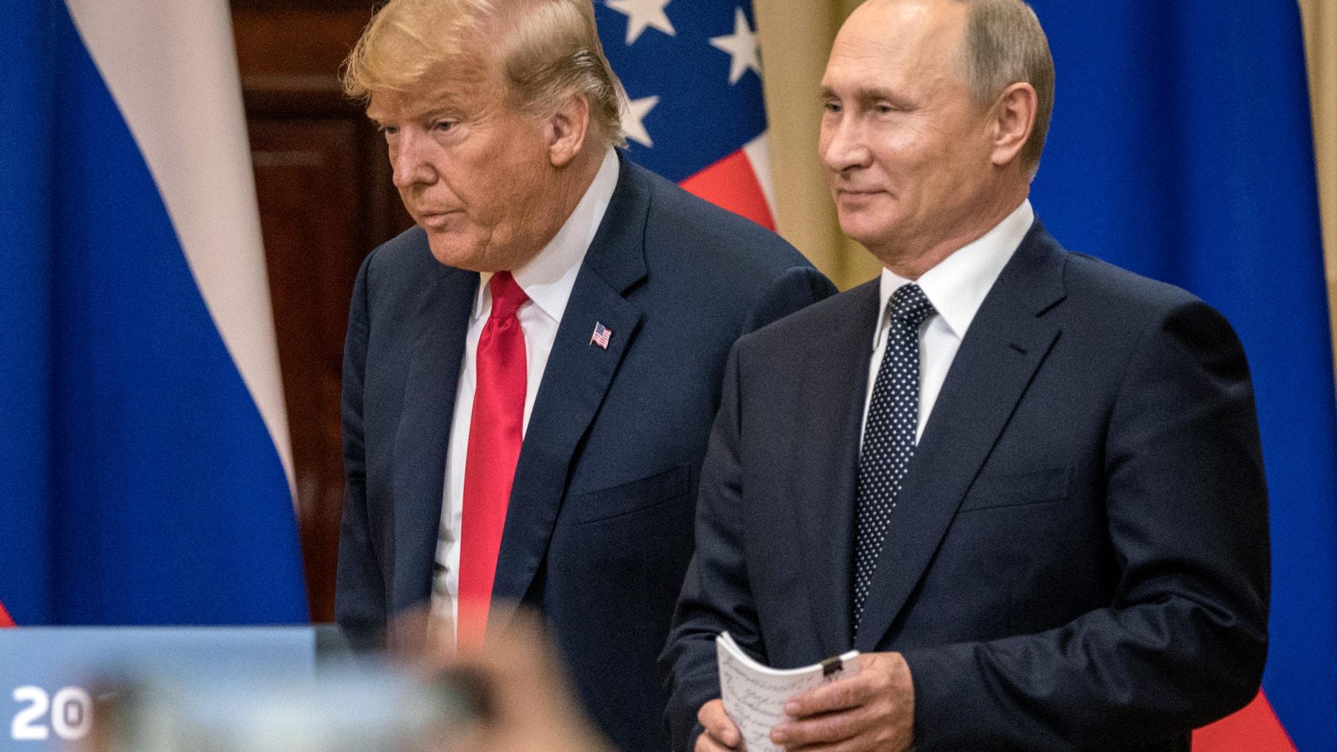"""الكرملين: نراقب العقوبات الأمريكية المحتملة """"عن كثب"""""""
