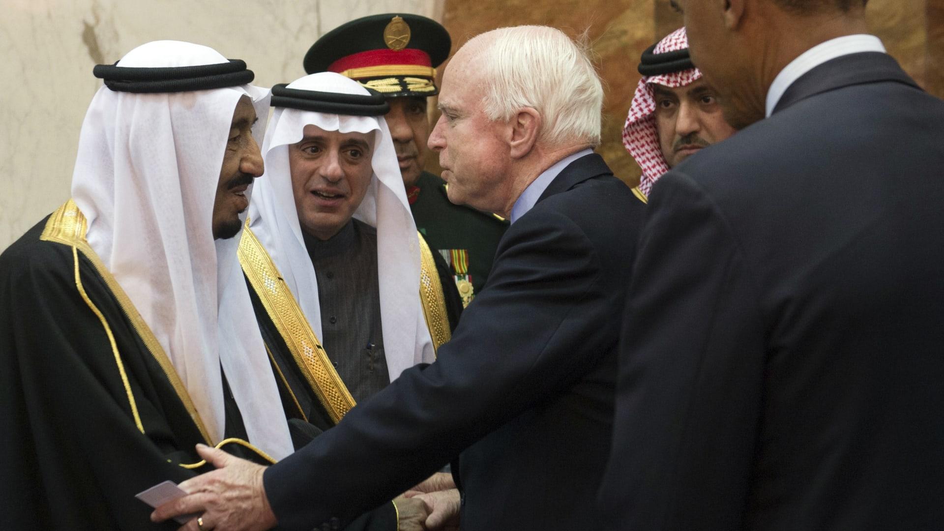 خالد بن سلمان معزيا بوفاة جون ماكين: كان صديقا للسعودية وسنفتقده
