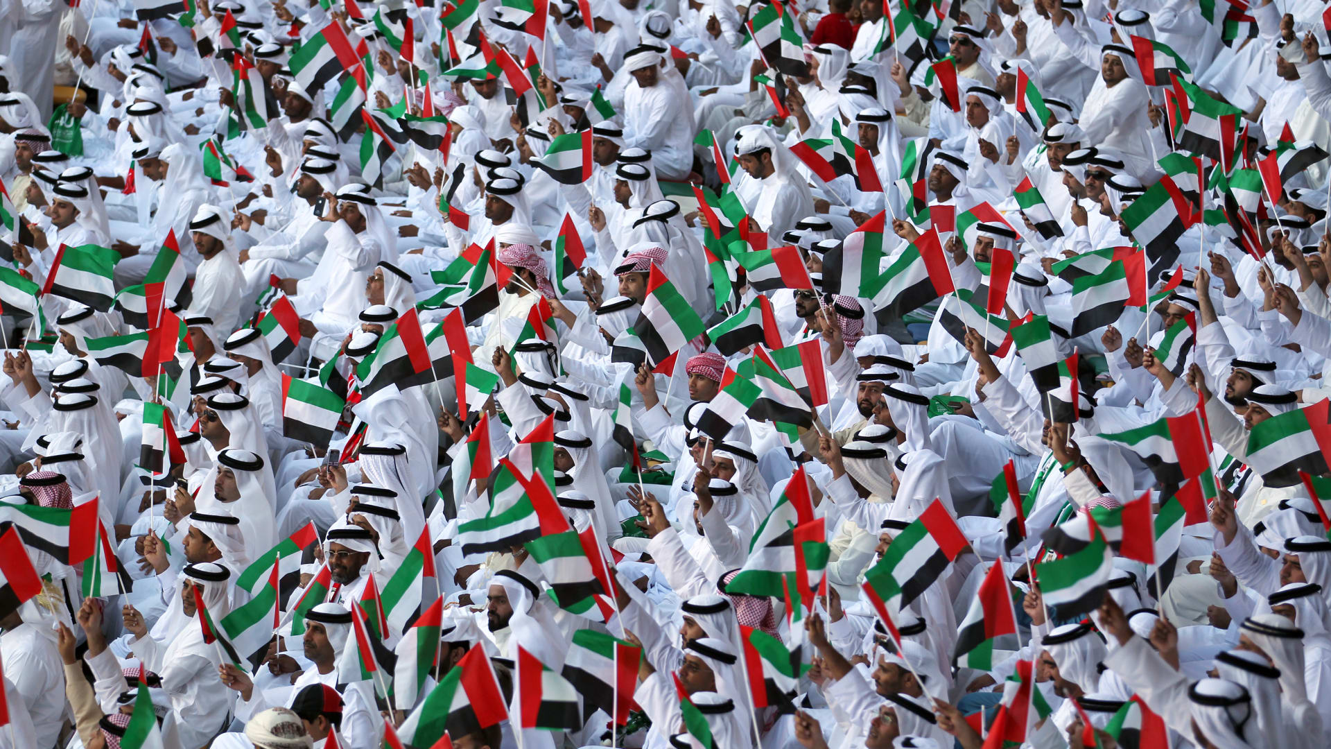 نصيب المواطن الإماراتي من الناتج المحلي يرتفع لهذا الرقم