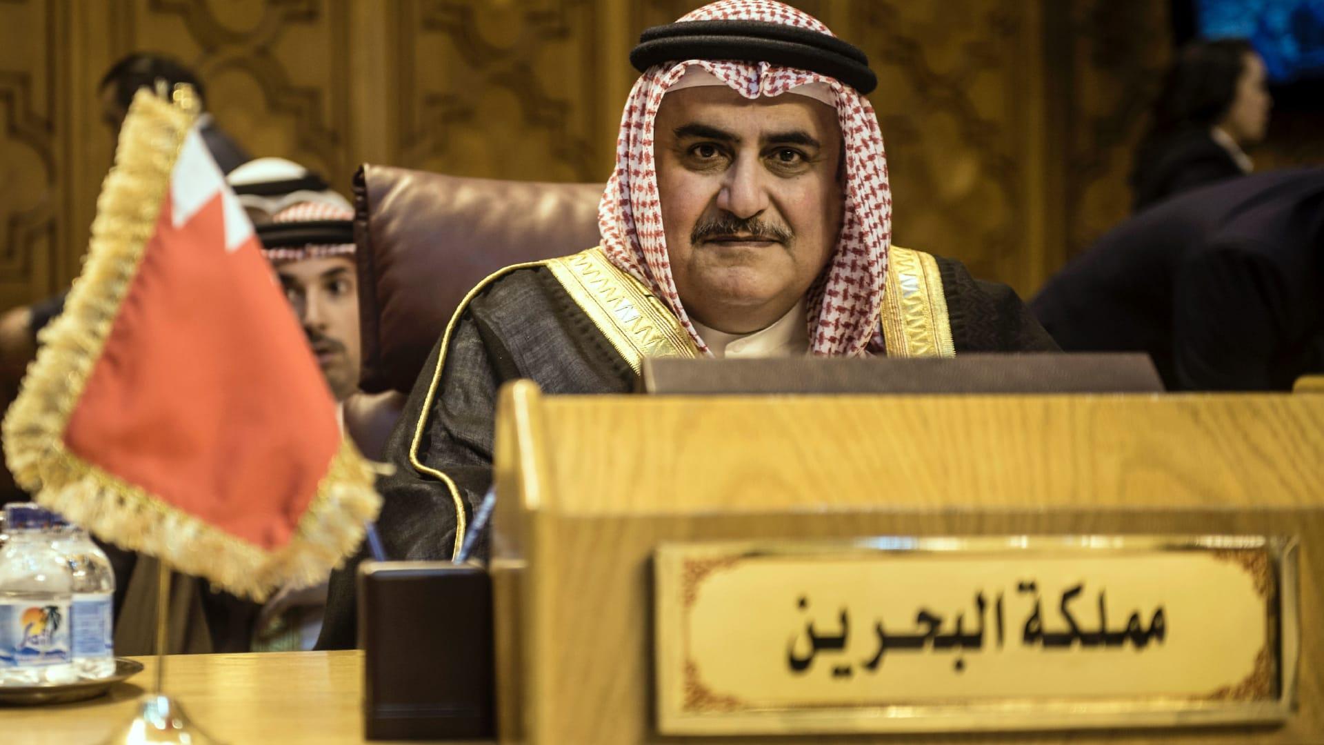 وزير خارجية البحرين عن لقائه بالمعلم: نتعامل مع الدول لا مع من يسقطها