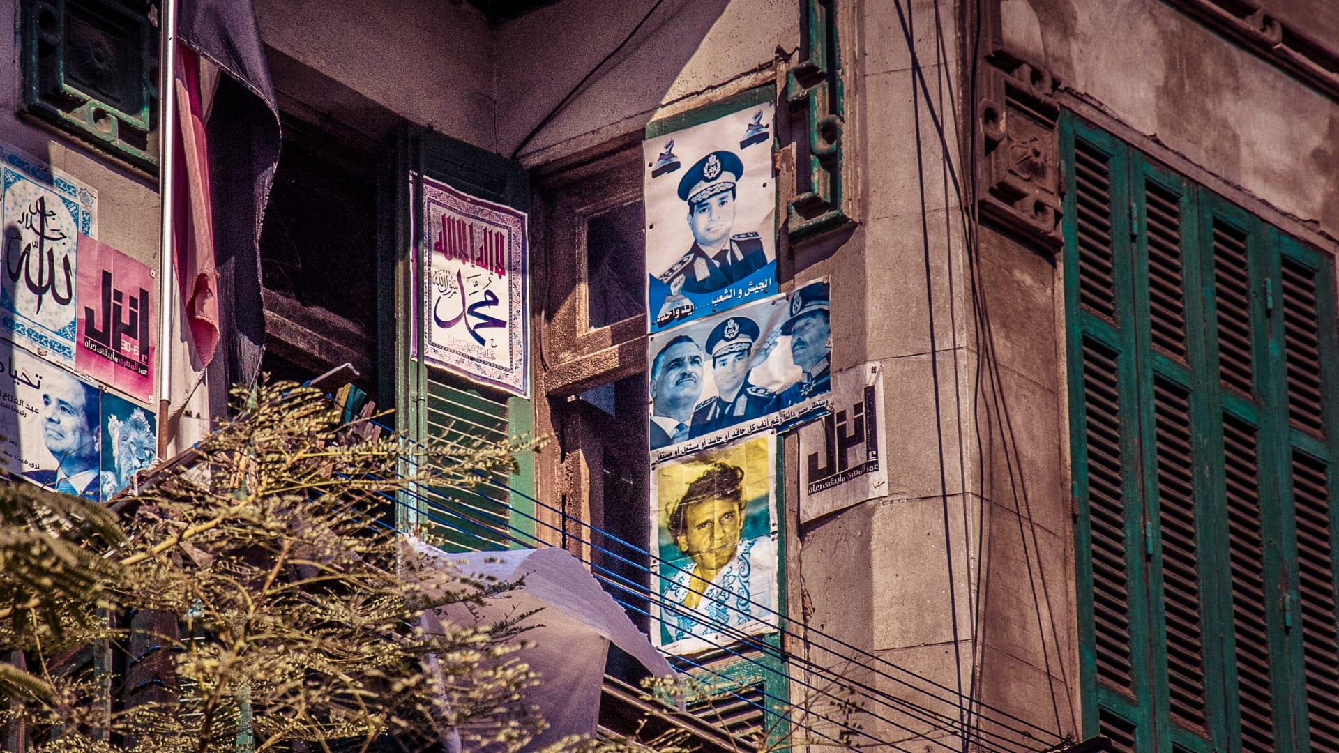 بالصور.. بلكونات تروي حكايات الشعب المصري