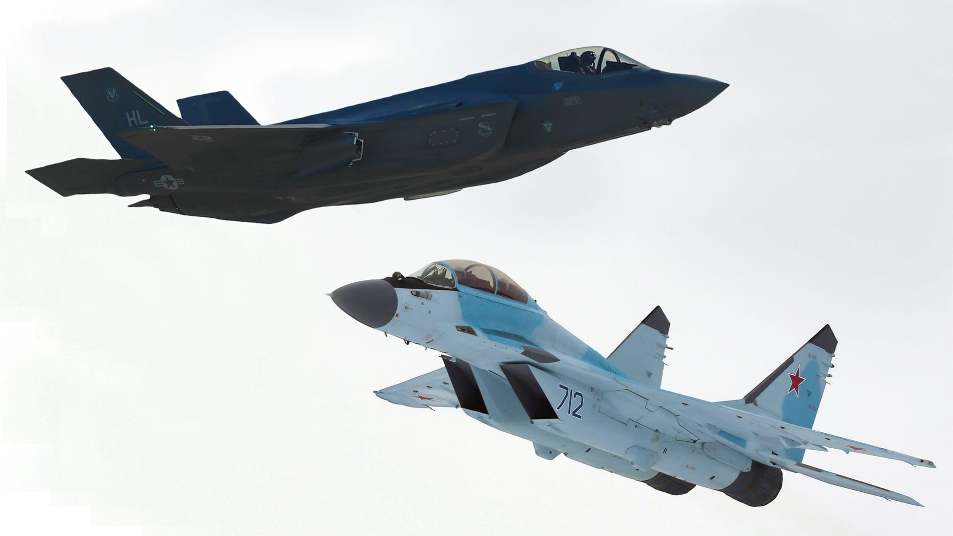 """مقارنة بين مقاتلة """"F35"""" الأمريكية و""""ميغ-35"""" الروسية.. من يتفوق؟"""