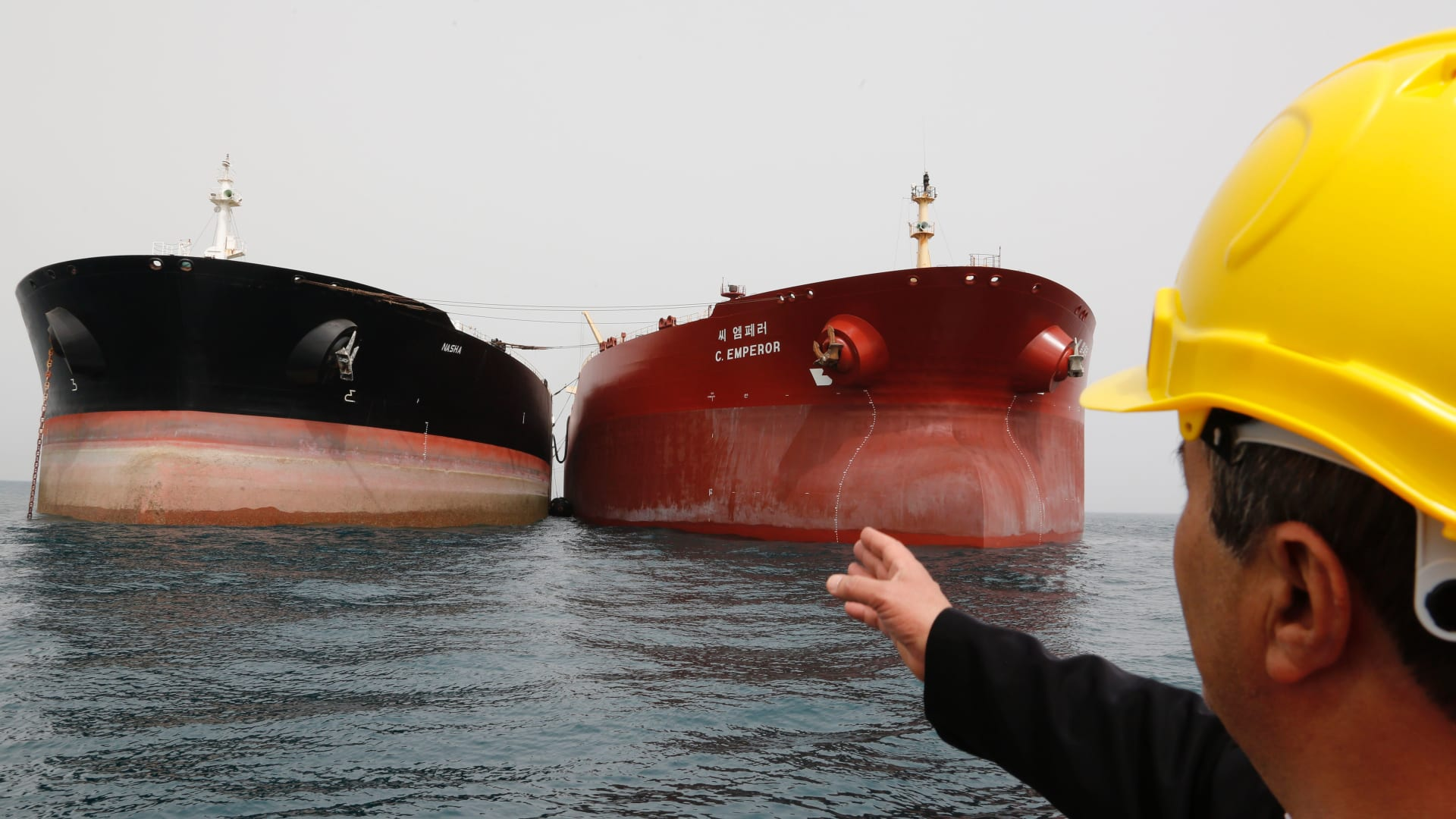 وقف تصدير النفط الإيراني.. من يستفيد؟
