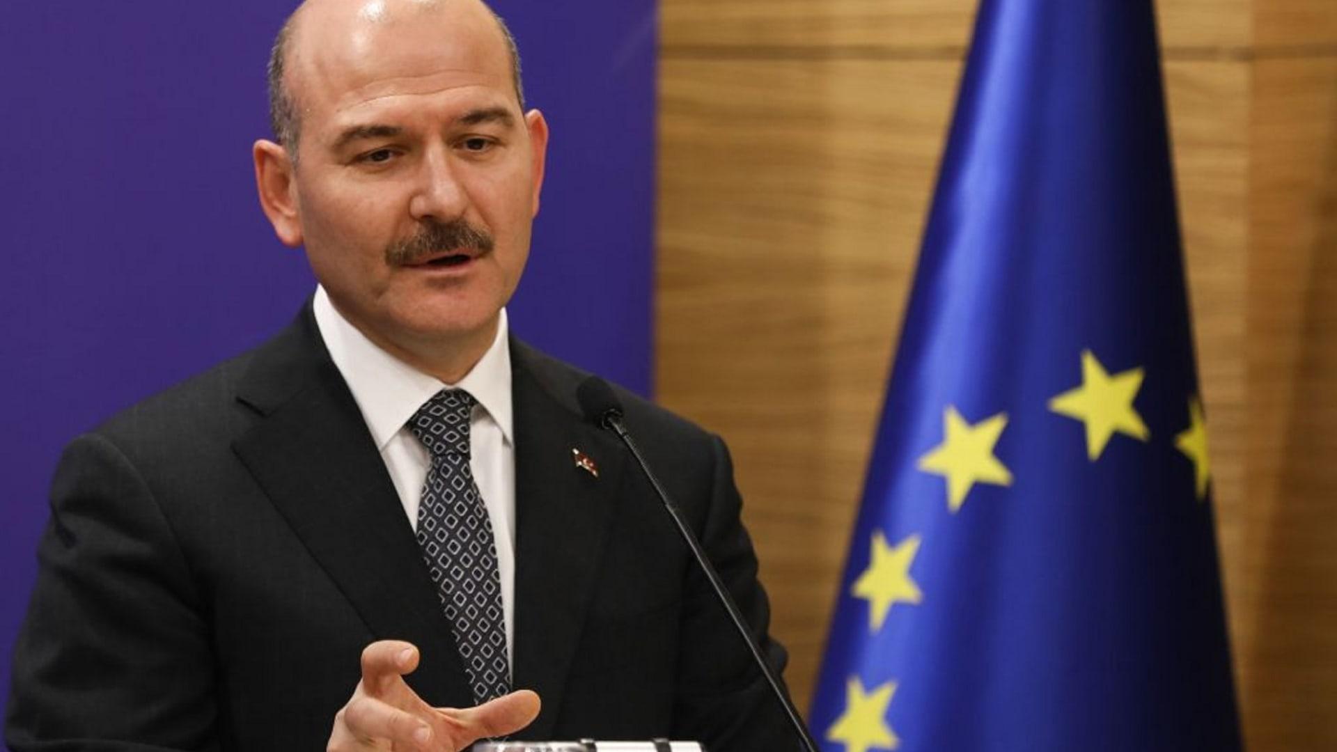 وزير الداخلية التركي: لم نتلق أوامر من واشنطن لتنفيذ عمليتي درع الفرات وغصن الزيتون