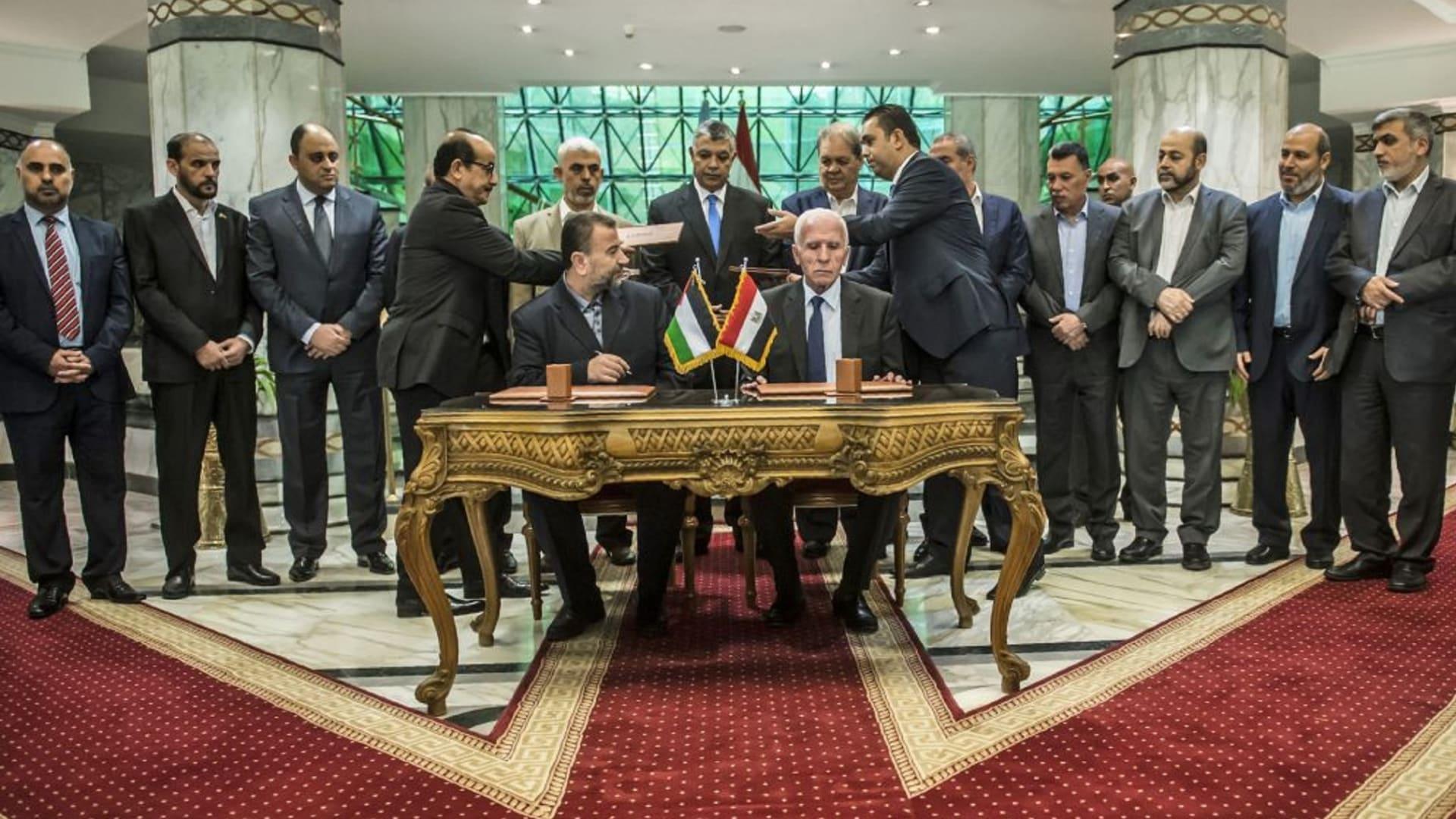 """حماس ترحب بدعوة روسيا لعقد """"لقاء مصالحة"""" مع حركة فتح: موقفنا ثابت"""