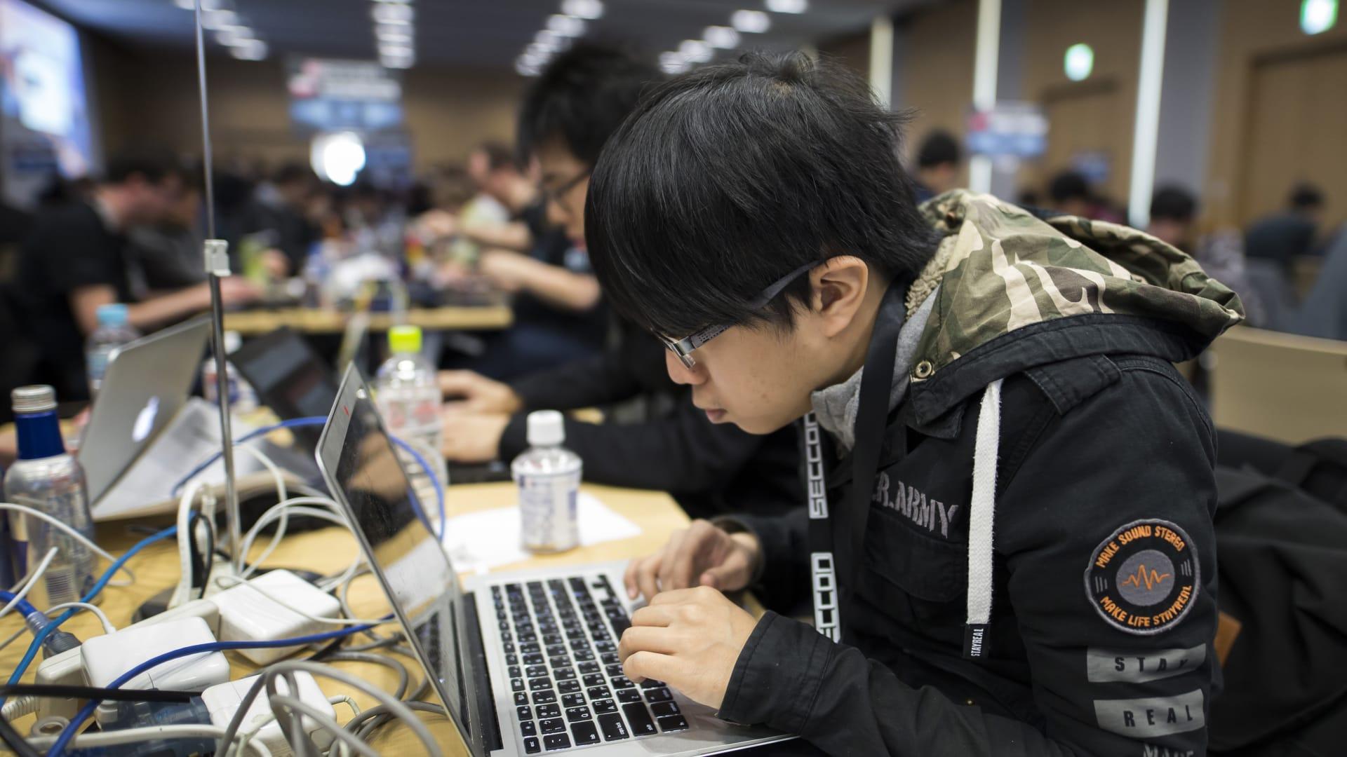الهاكرز الصينيون يكثفون هجماتهم على الشركات الأمريكية