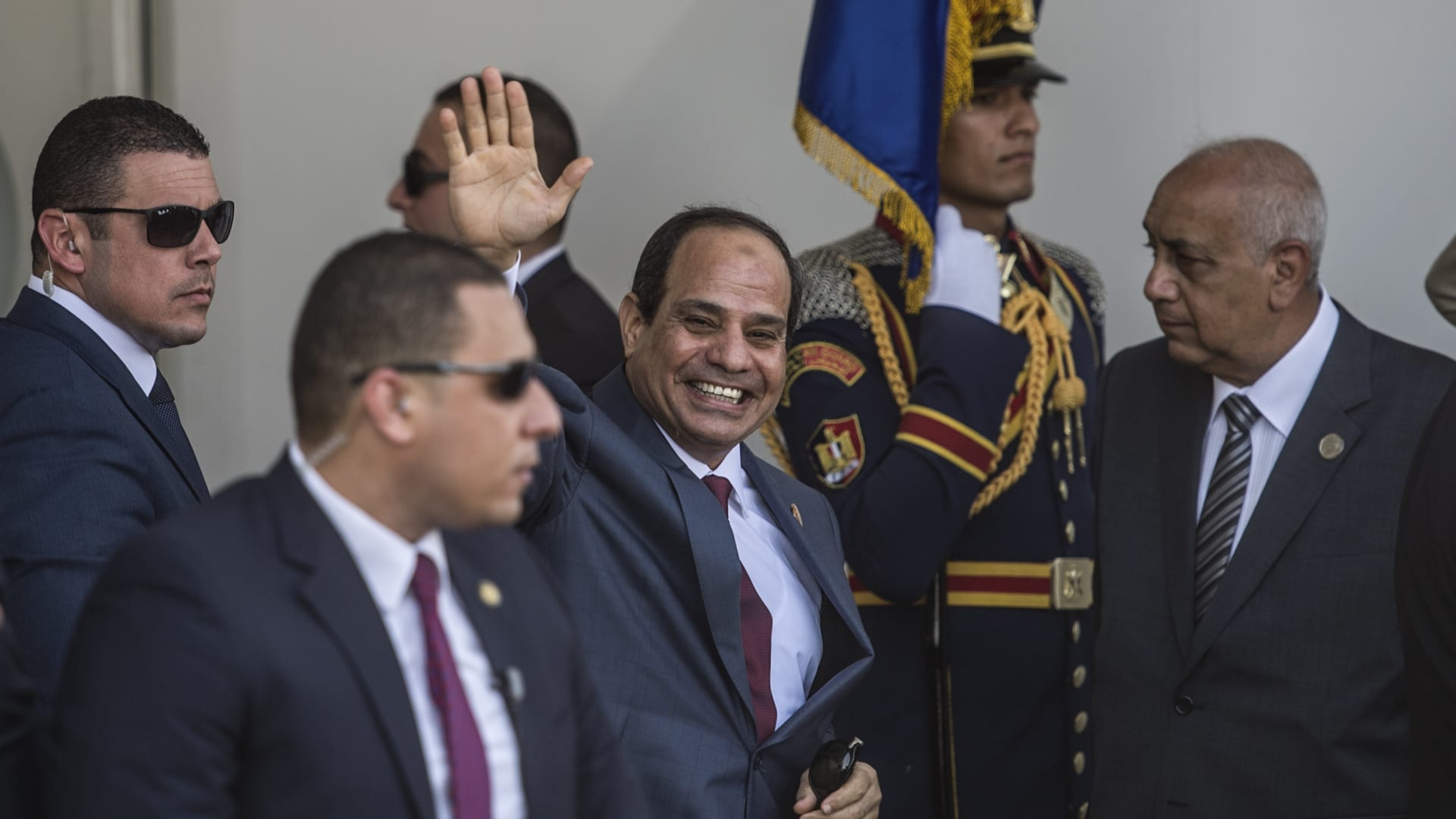 برلمان مصر يوافق على تعديلات الدستور.. ماذا ينتظر البلاد؟