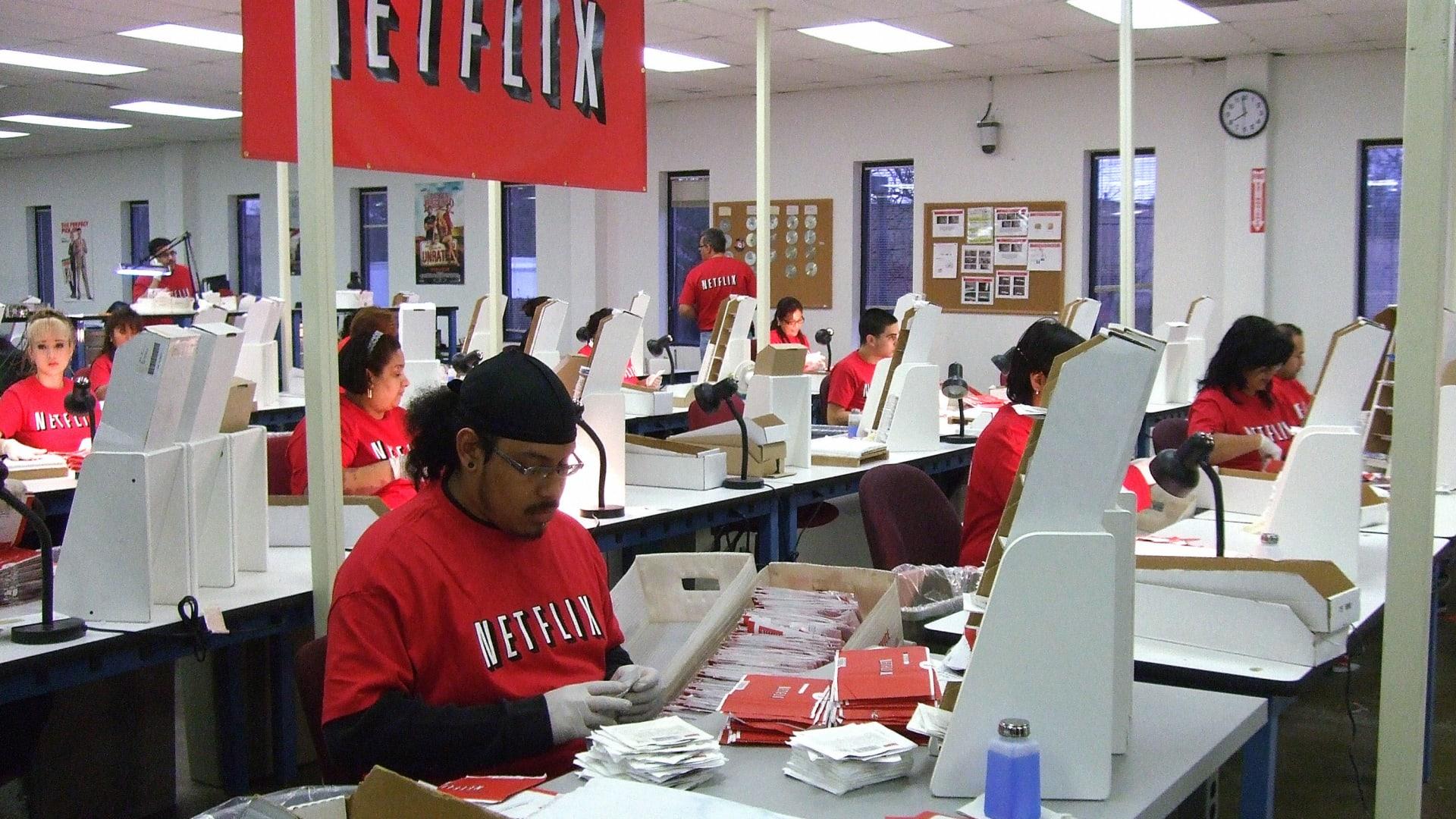 نيتفليكس تصل إلى 149 مليون مشترك وترحب بمنافسة ديزني وآبل