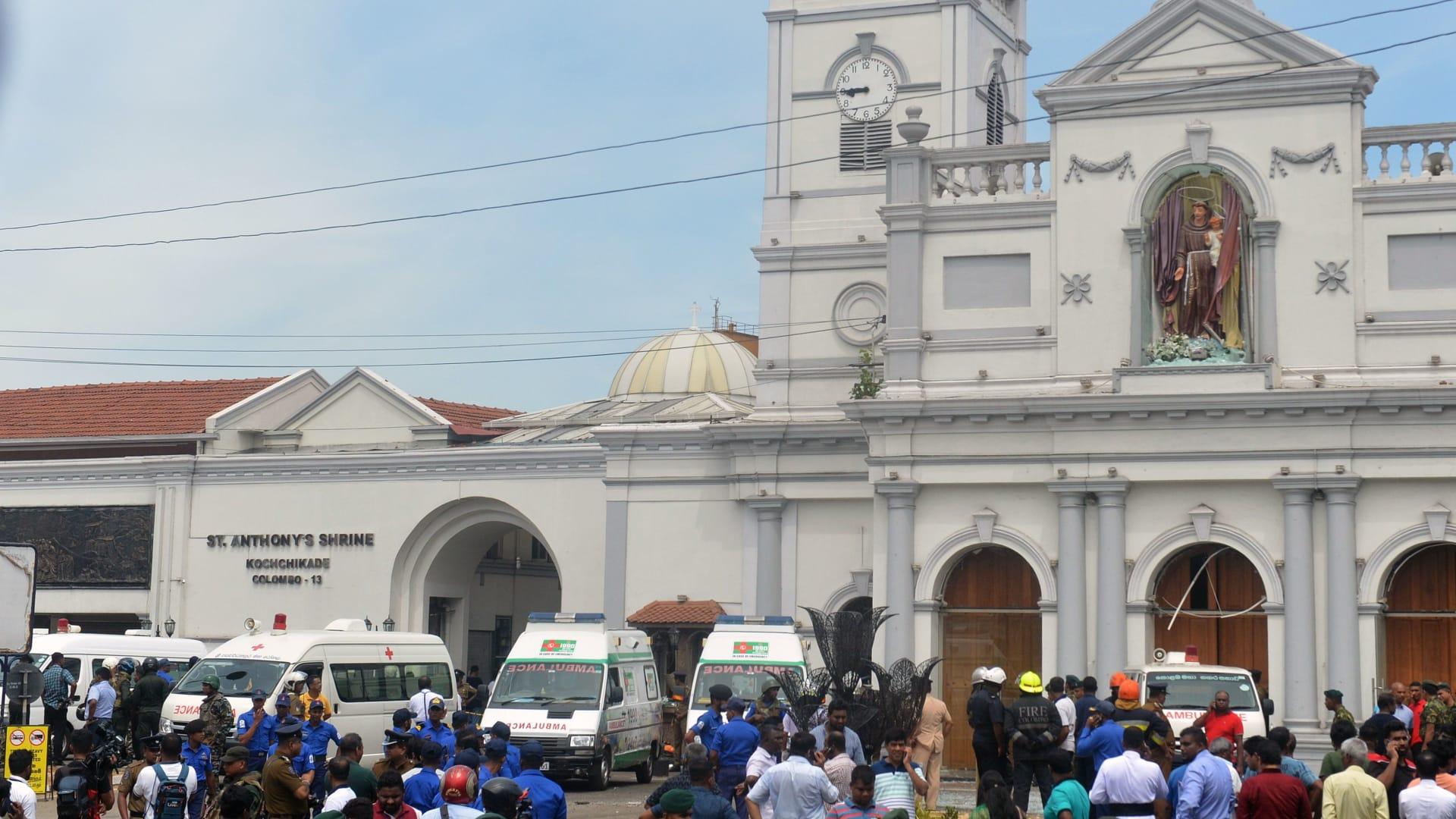 شرطة سيريلانكا تعلن وقوع 5 انفجارات على الاقل في 3 كنائس وفندقين