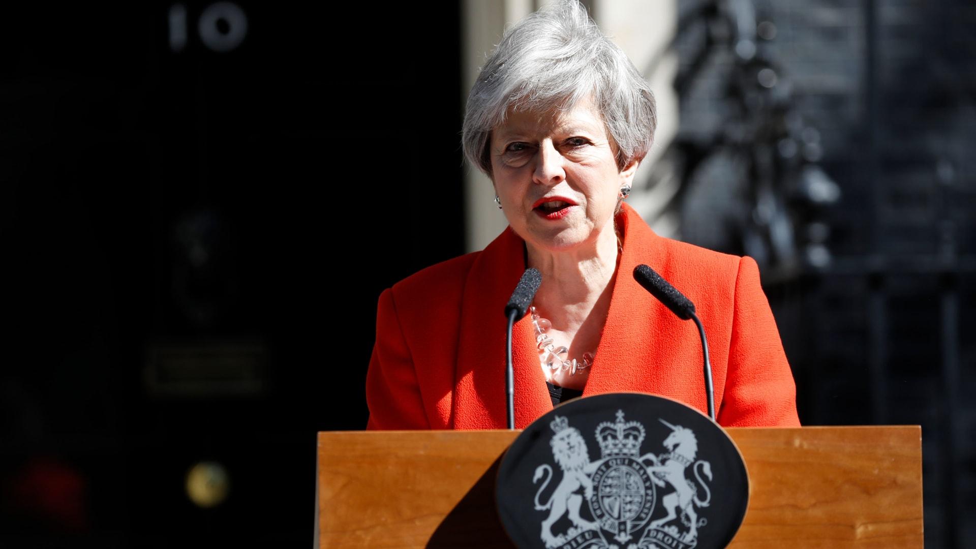 رئيسة وزراء بريطانيا تيريزا ماي تعلن استقالتها من منصبها ابتداء من 7 يونيو