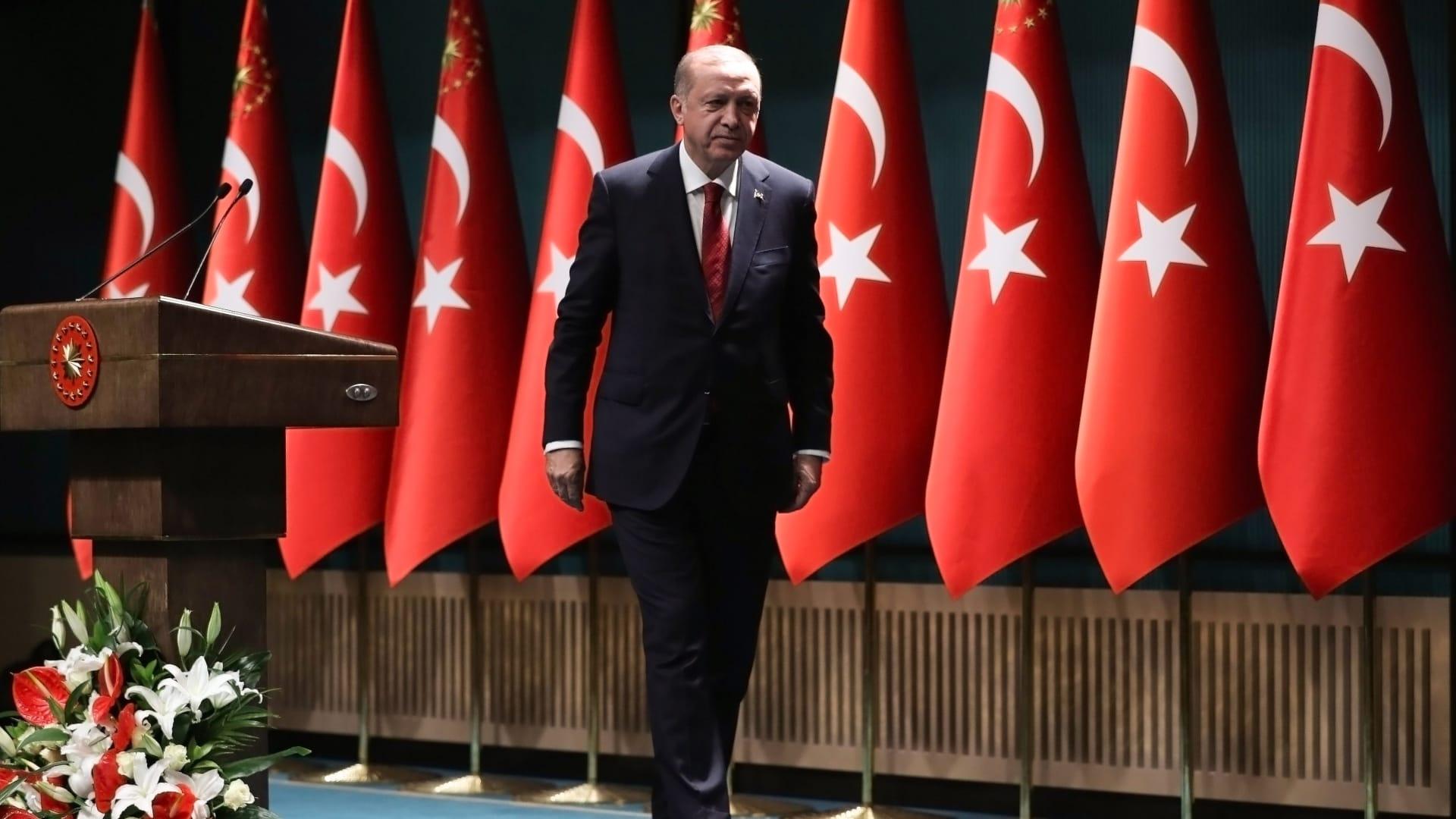"""بعد أيام على رسالة """"أثارت ضجة"""" بعثها مقرب من أردوغان للملك سلمان.. رئيس تركيا يهنئ عاهل السعودية بالعيد"""