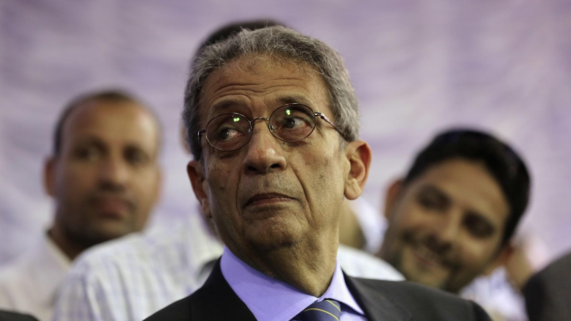 تغريدة عمرو موسى عن مرسي تثير تفاعلا بتويتر.. وتداول فيديو سابق له مع قيادي بالإخوان