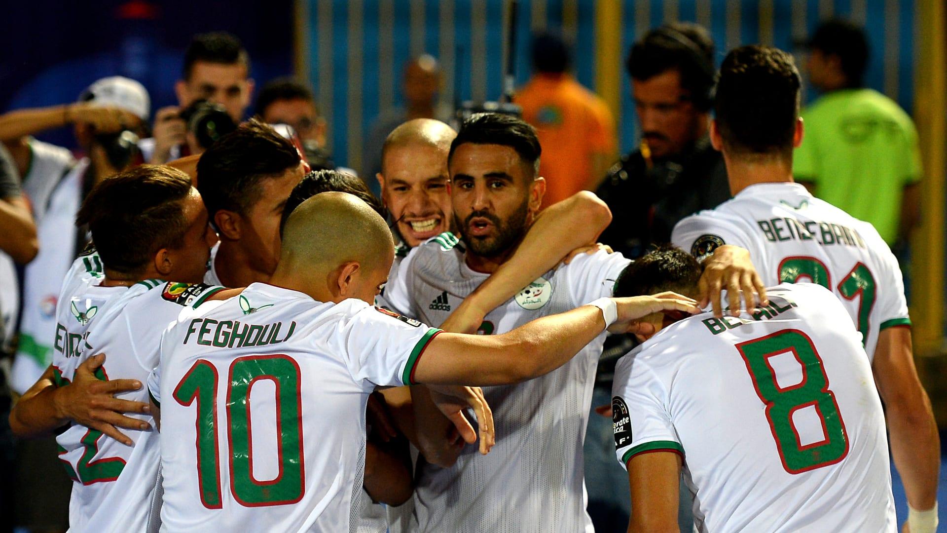 الجزائر تواصل التألق وتحجز أول مقعد للعرب في ربع نهائي كأس أفريقيا
