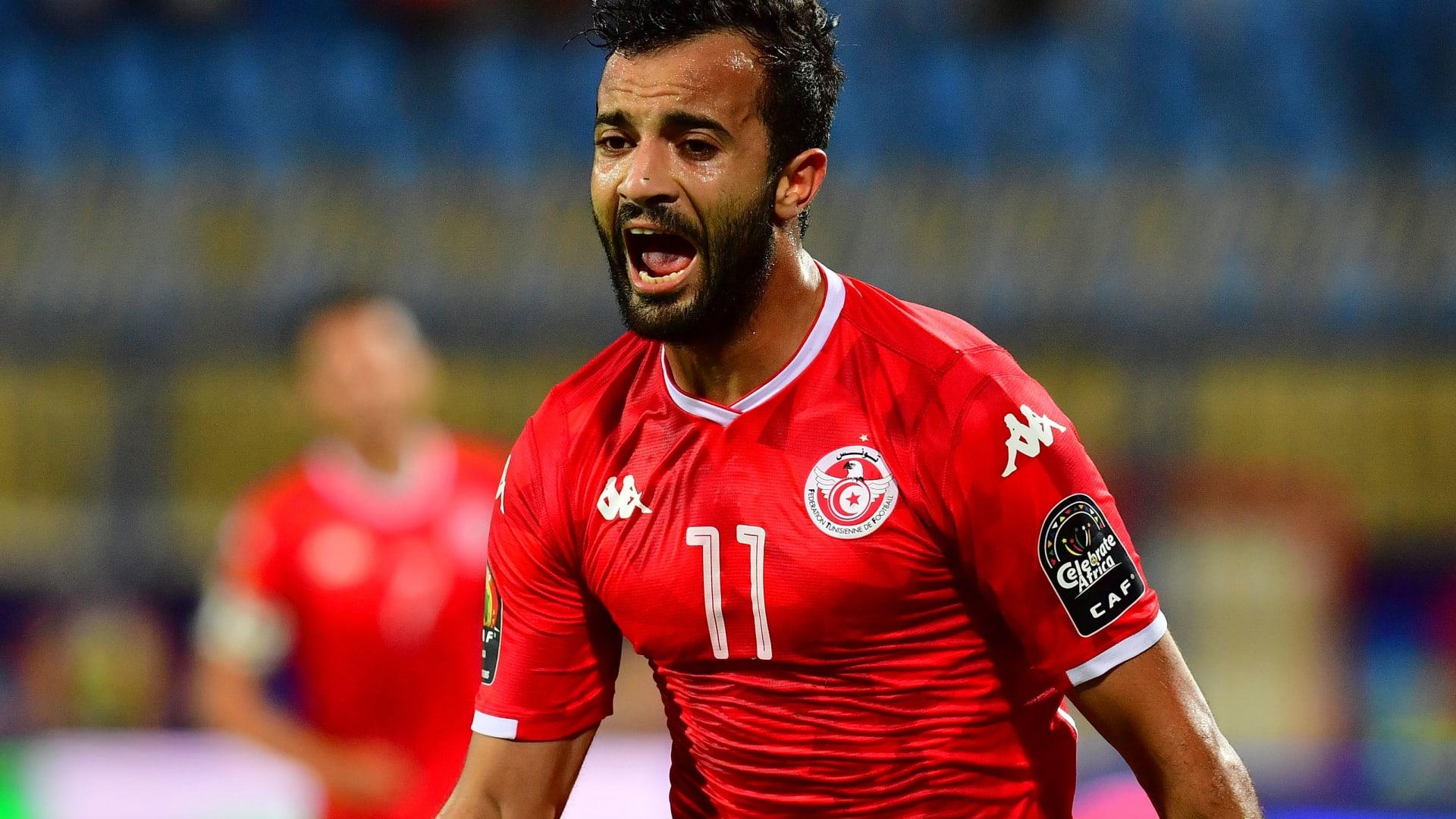 """""""النسور"""" يحلقون في مصر.. تونس تبلغ الدور ربع النهائي لبطولة أفريقيا"""