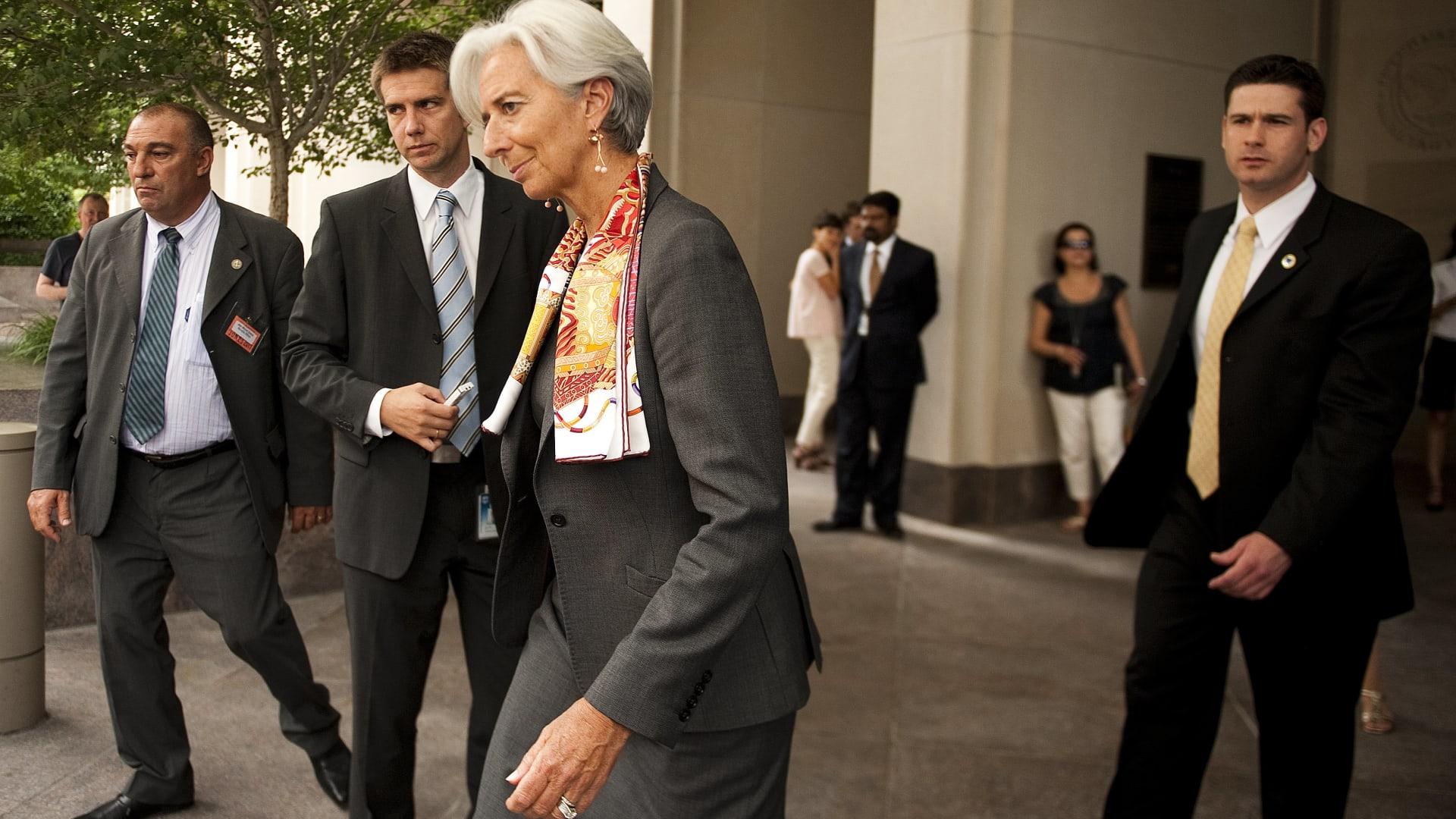 لاغارد تقدم استقالتها كمديرة لصندوق النقد الدولي.. والمجلس التنفيذي يقبلها