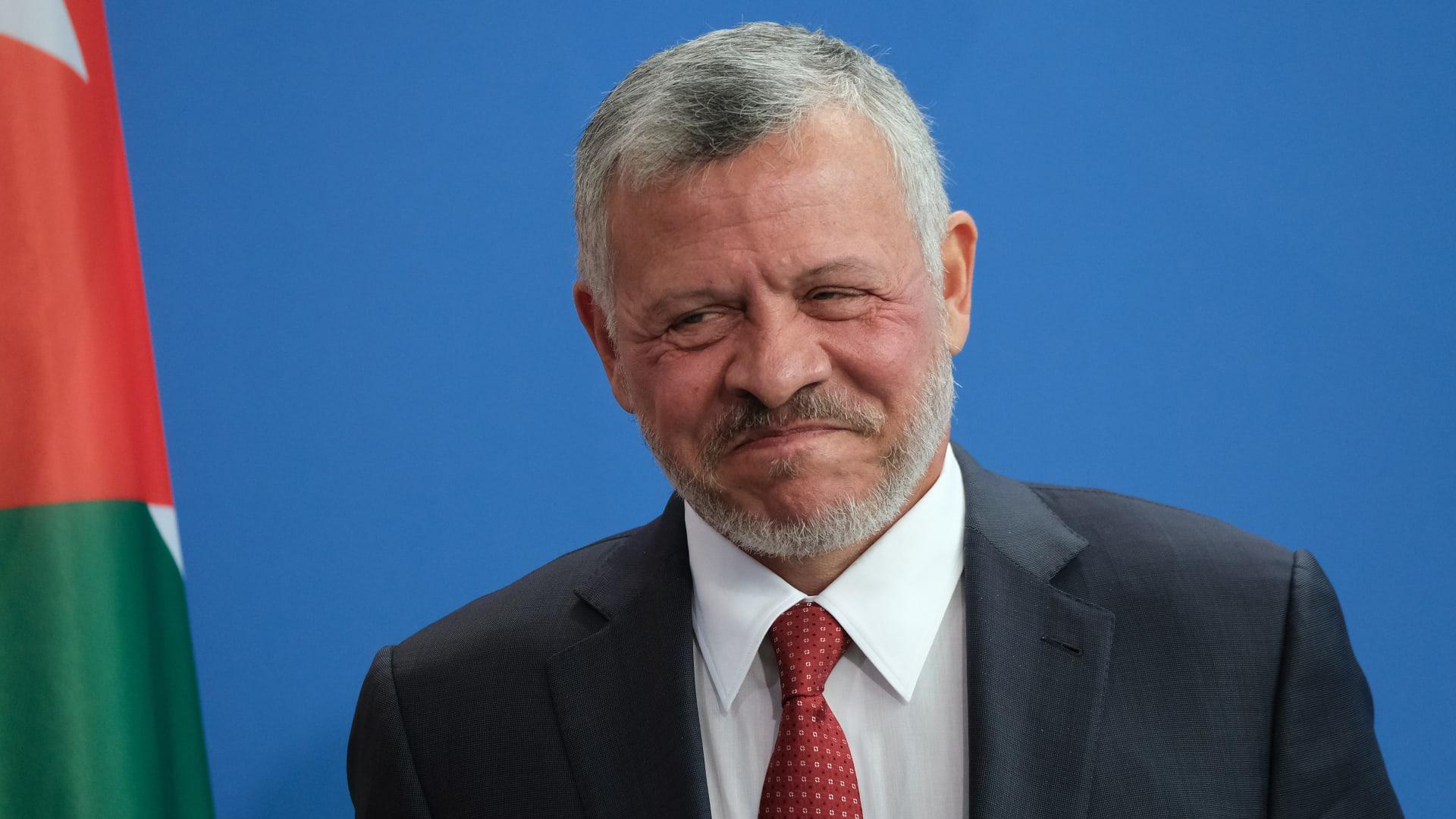 الحكومة الأردنية تطلق خطة لتحفيز الاقتصاد الوطني بتحرك ملكي مباشر