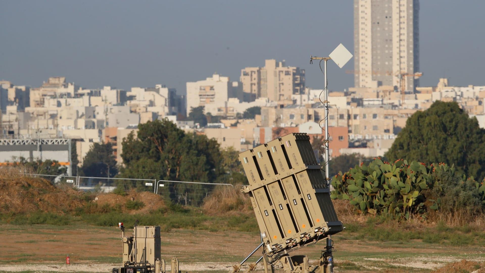 صورة أرشيفية لبطارية صواريخ تابعة لمنظومة القبة الحديدية بإسرائيل