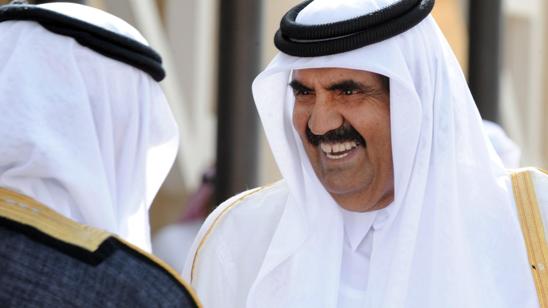 صورة ارشيفية للشيخ حمد بن خليفة العام 2012