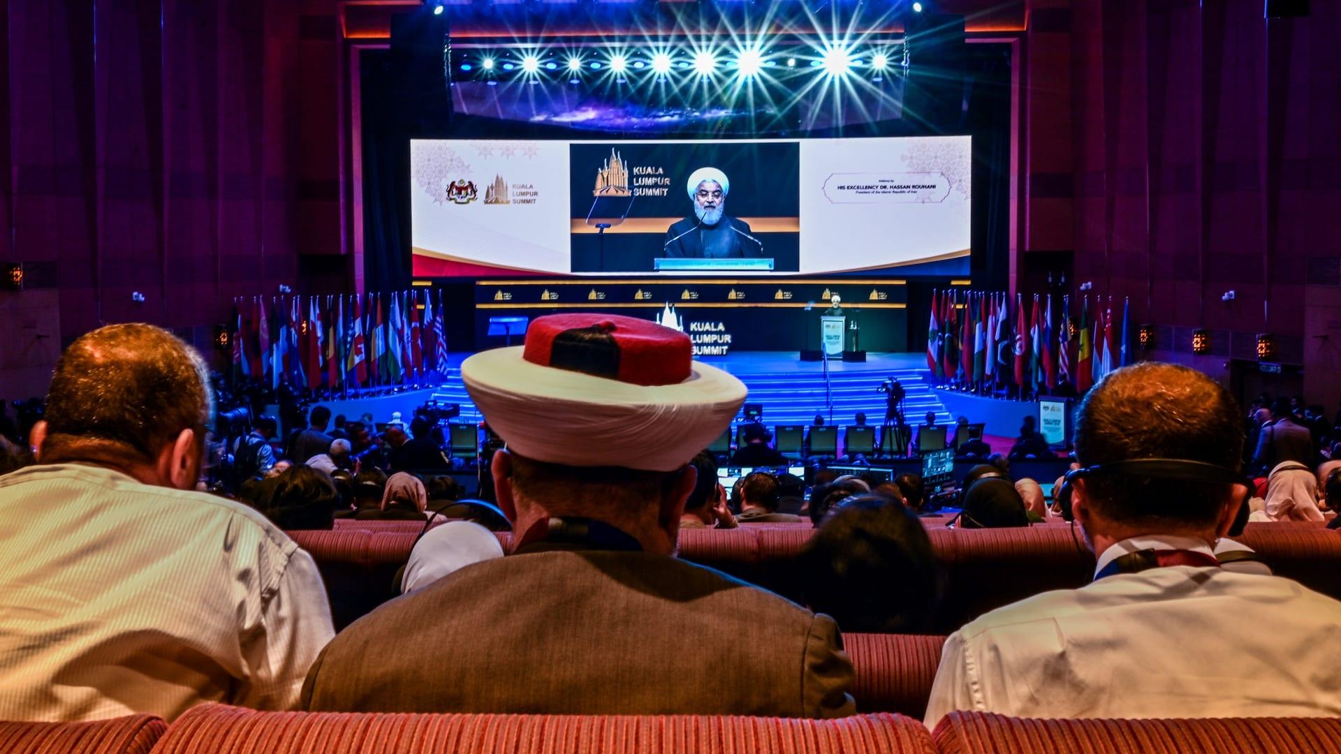 روحاني في كلمة بالقمة الإسلامية في ماليزيا