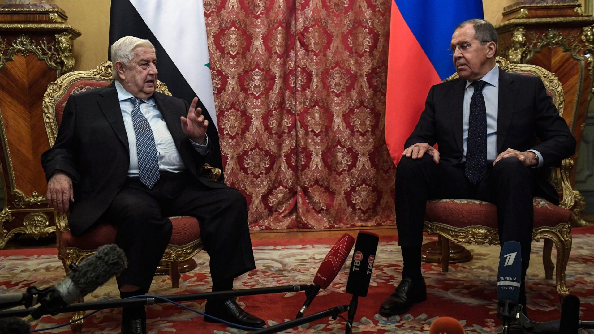 صورة من لقاء المعلم مع وزير الخارجية الروسي سيرغي لافروف