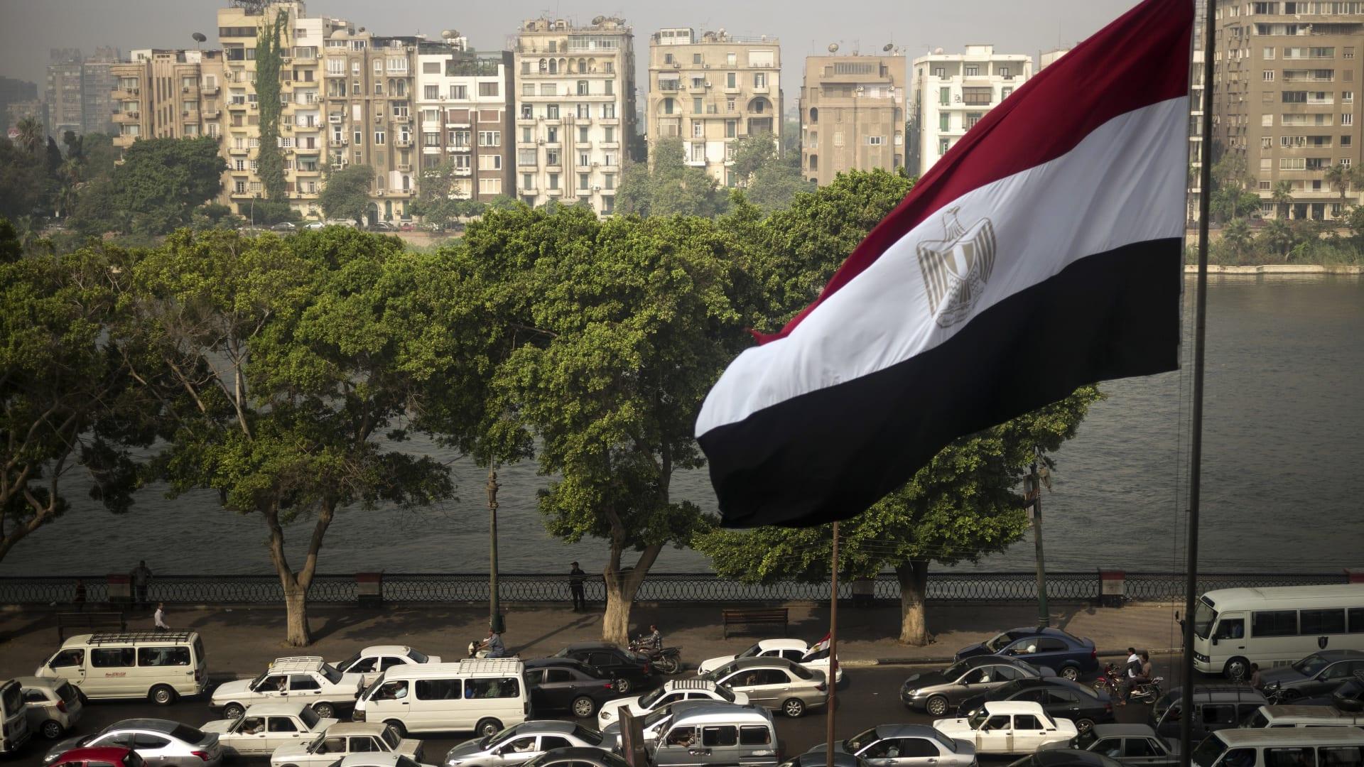 على ضفاف النيل في مصر