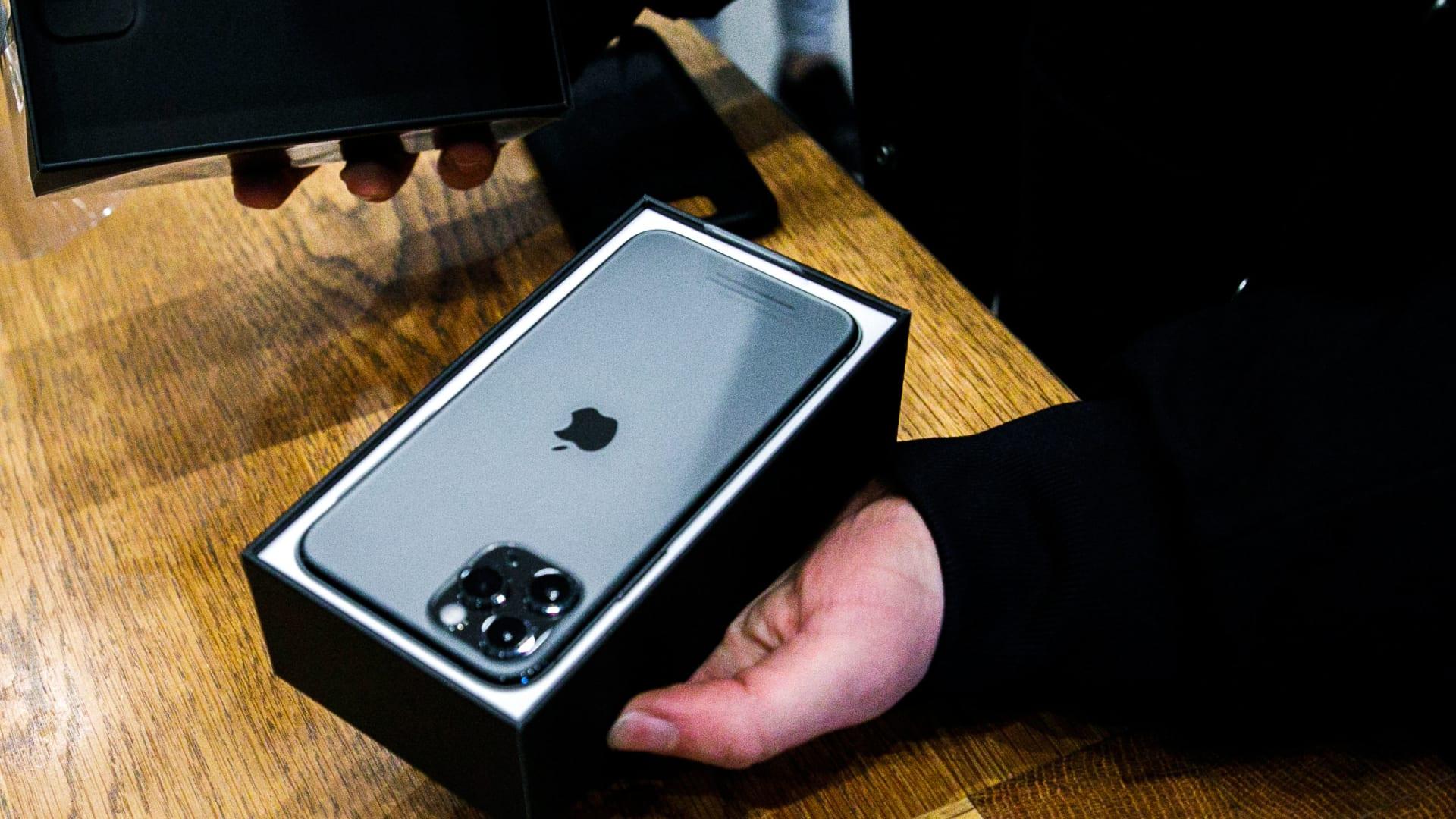 في الأسواق قريباً.. بطارية جديدة ستشحن هاتفك الذكي لـ5 أيام
