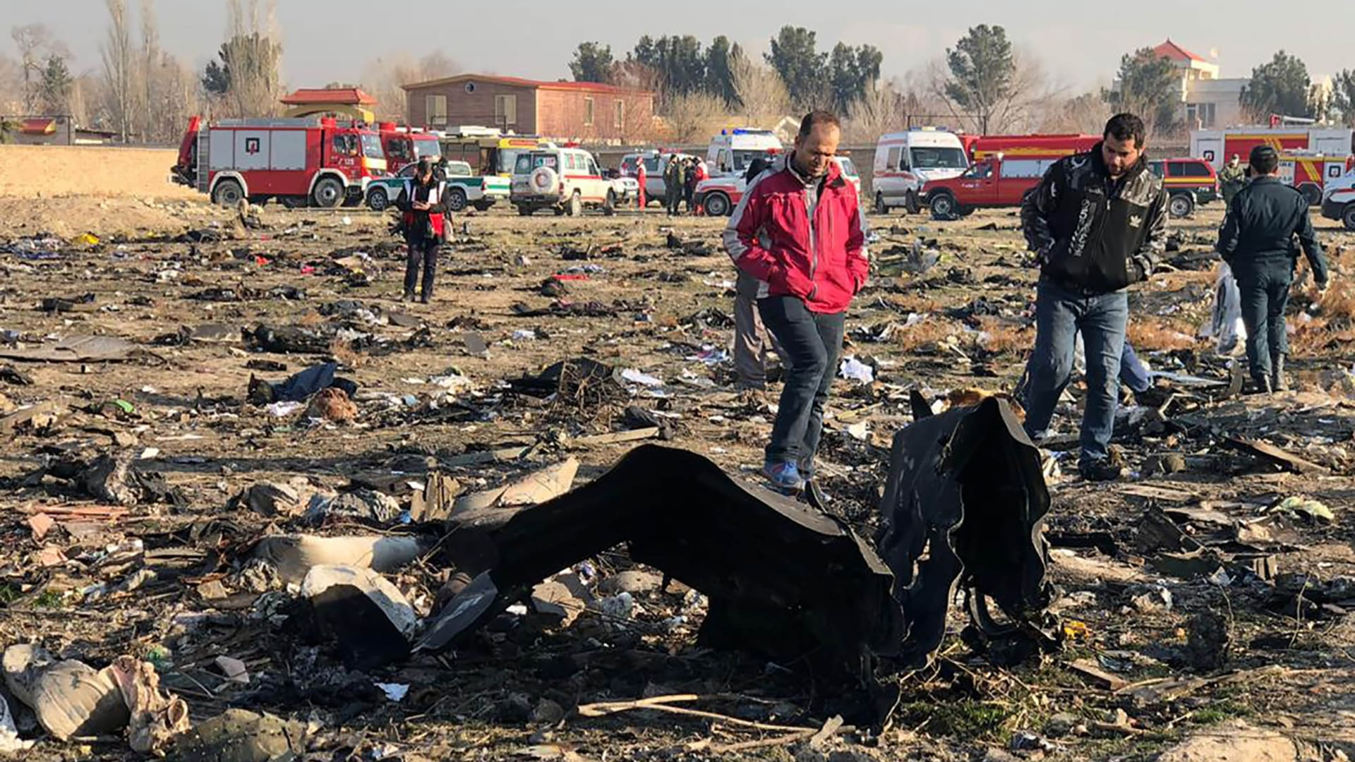 """""""كل شىء على ما يرام"""".. آخر ما قاله قائد الطائرة الأوكرانية المُطحمة قبل سقوطها في طهران"""