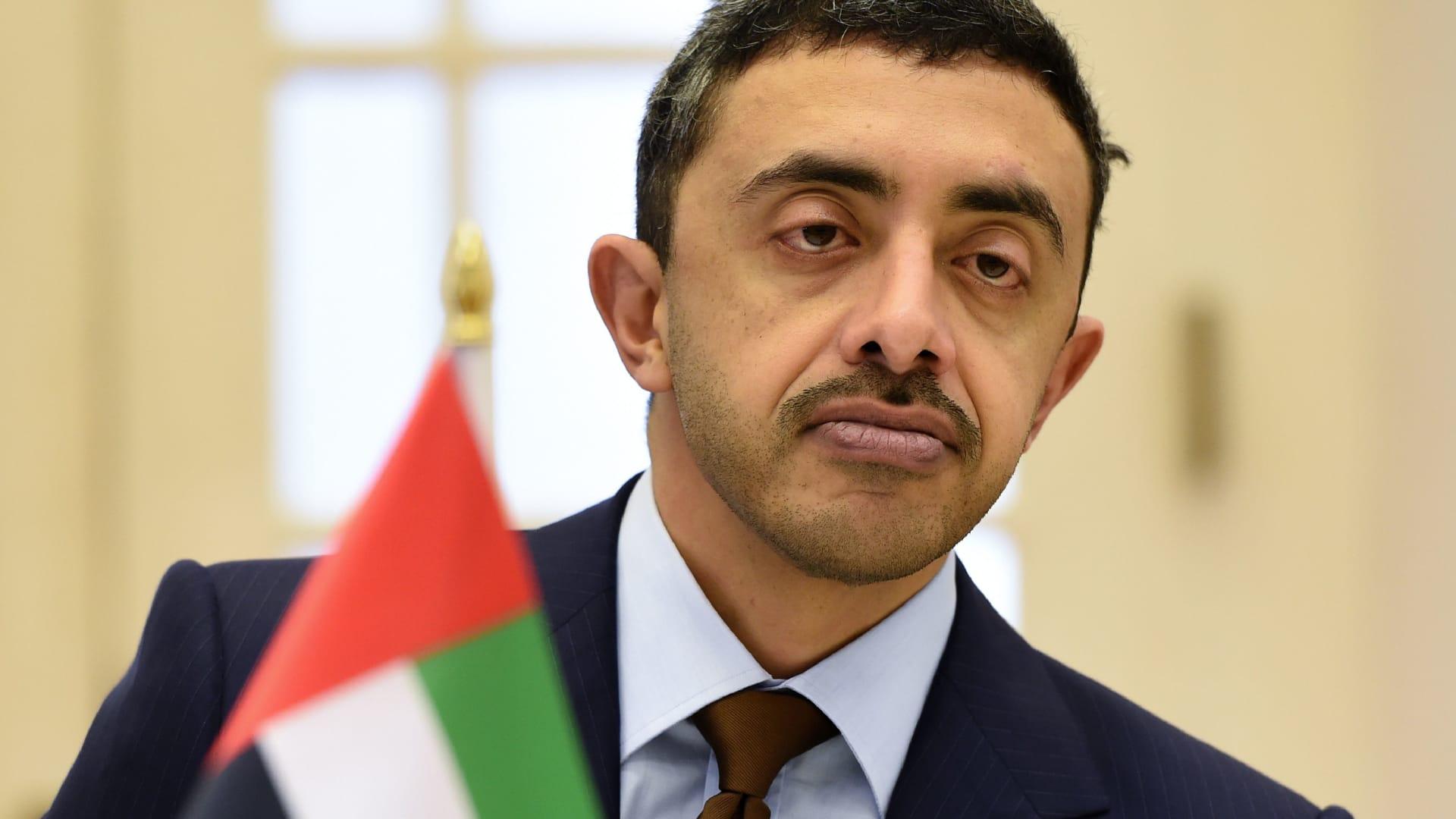 """في ذكرى """"المحرقة"""".. وزير خارجية الإمارات يؤكد على رفض العنصرية والكراهية"""