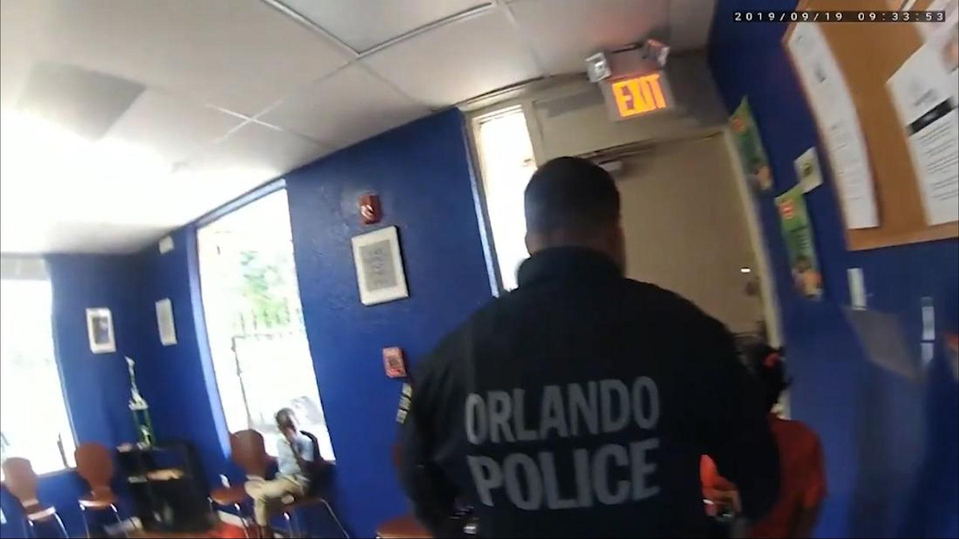 فيديو يظهر لحظة اعتقال طفلة عمرها 6 سنوات.. والسبب؟