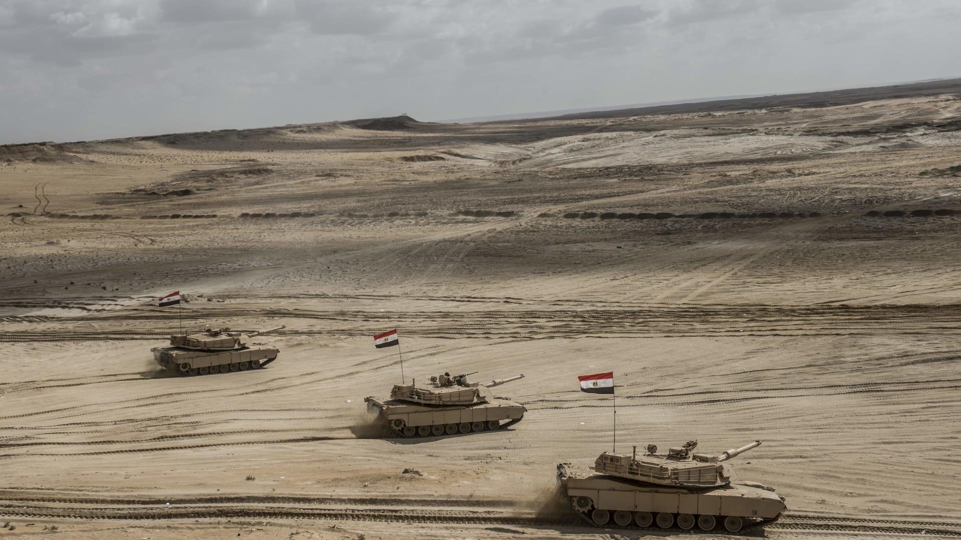 مصر.. مصدر أمني بوزارة الداخلية يكشف حقيقة حذف بيان حول عملية في بئر العبد