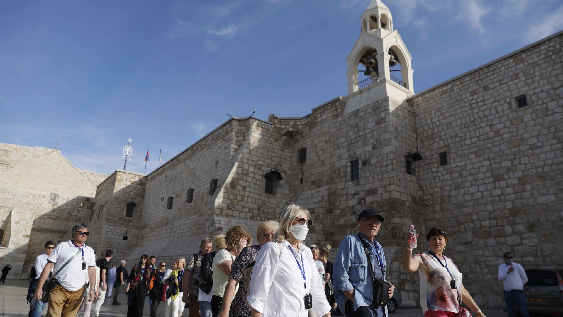 بعد أكثر من 80 يومًا من الإغلاق.. كنيسة المهد تفتح أبوابها أمام الزوار