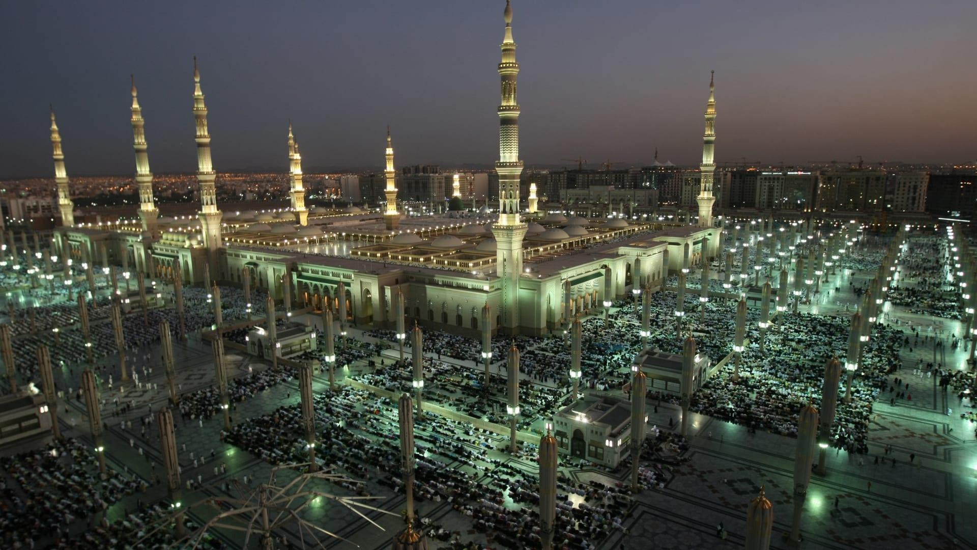السعودية: اعتماد خطة فتح المسجد النبوي.. وبروتوكولات وقائية جديدة للحد من كورونا