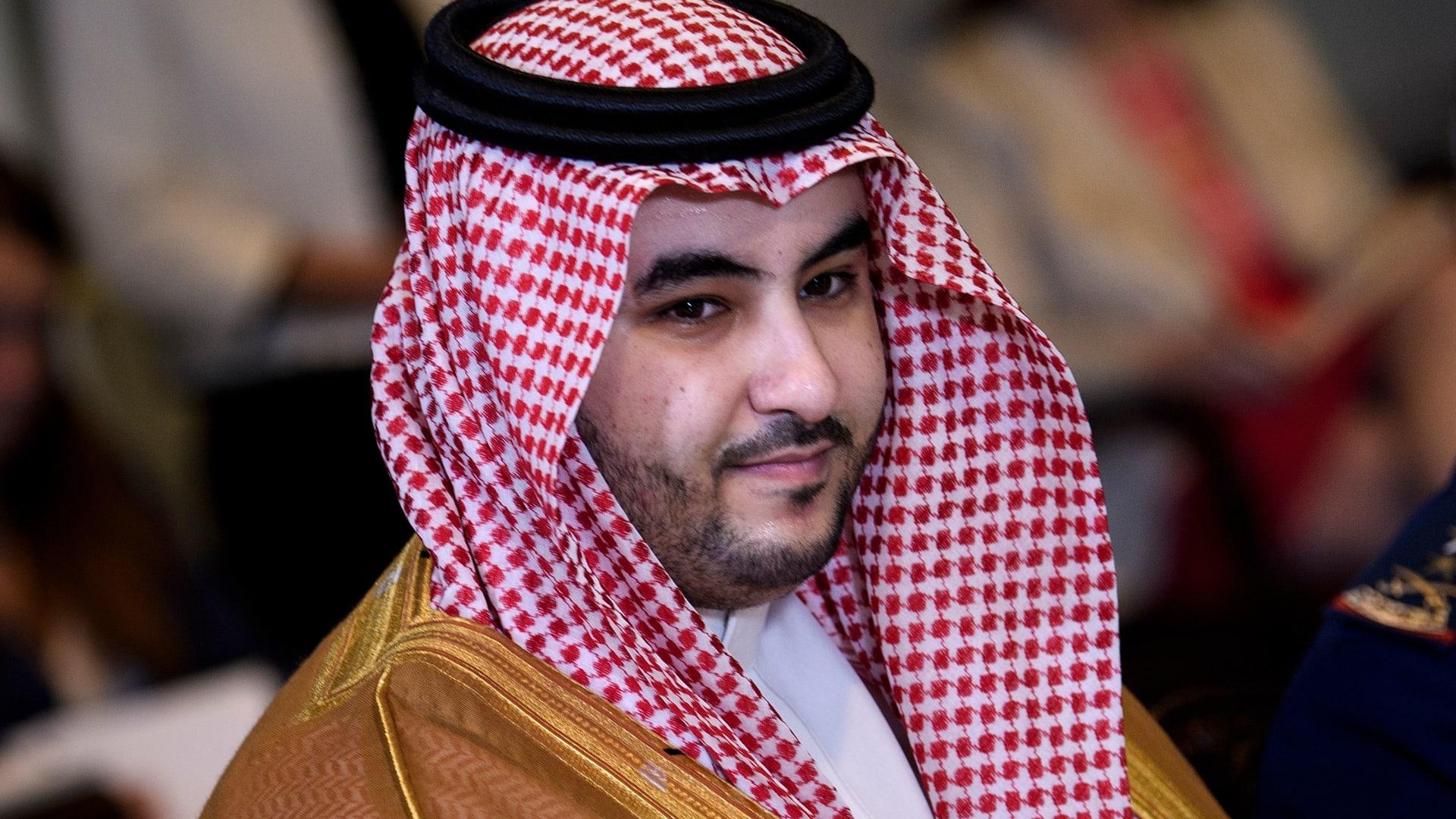نائب وزير الدفاع السعودي يشكر بريطانيا على إرسالها قوات ومنظومات دفاعية للمملكة