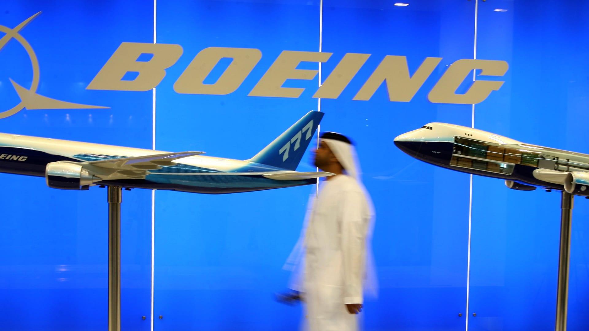الإمارات تدرس السماح لطائرات بوينغ 737 ماكس العودة إلى أجوائها