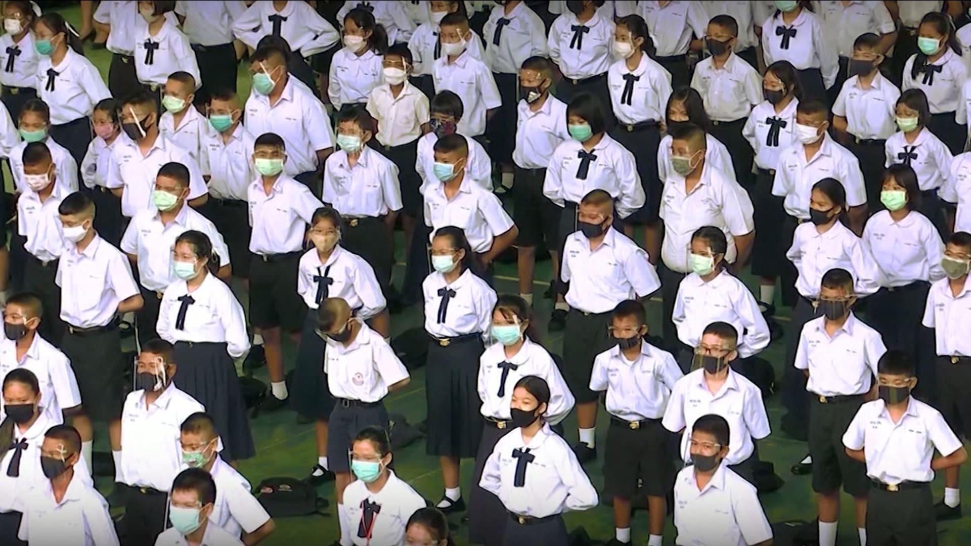 التعليم في وقت فيروس كورونا.. ما هي الإجراءات التي تتخذها المدارس لضمان سلامة الطلاب أثناء إعادة فتحها خلال هذه الأوقات؟