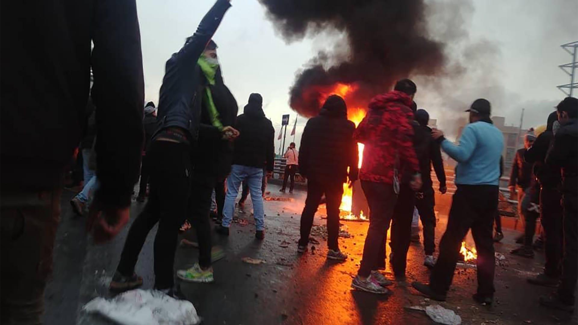 نت بلوكس: تعطيل كبير للإنترنت تزامنا مع عاصفة تغريد ضد إعدام متظاهرين في إيران