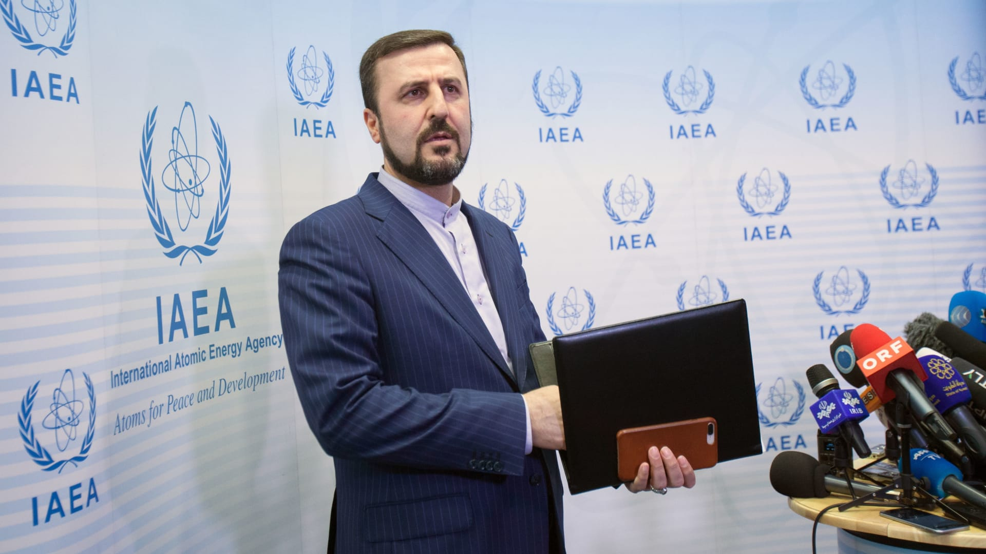 """إيران تطالب وكالة الطاقة الذرية بالتحرك تجاه """"البرنامج النووي السعودي"""""""
