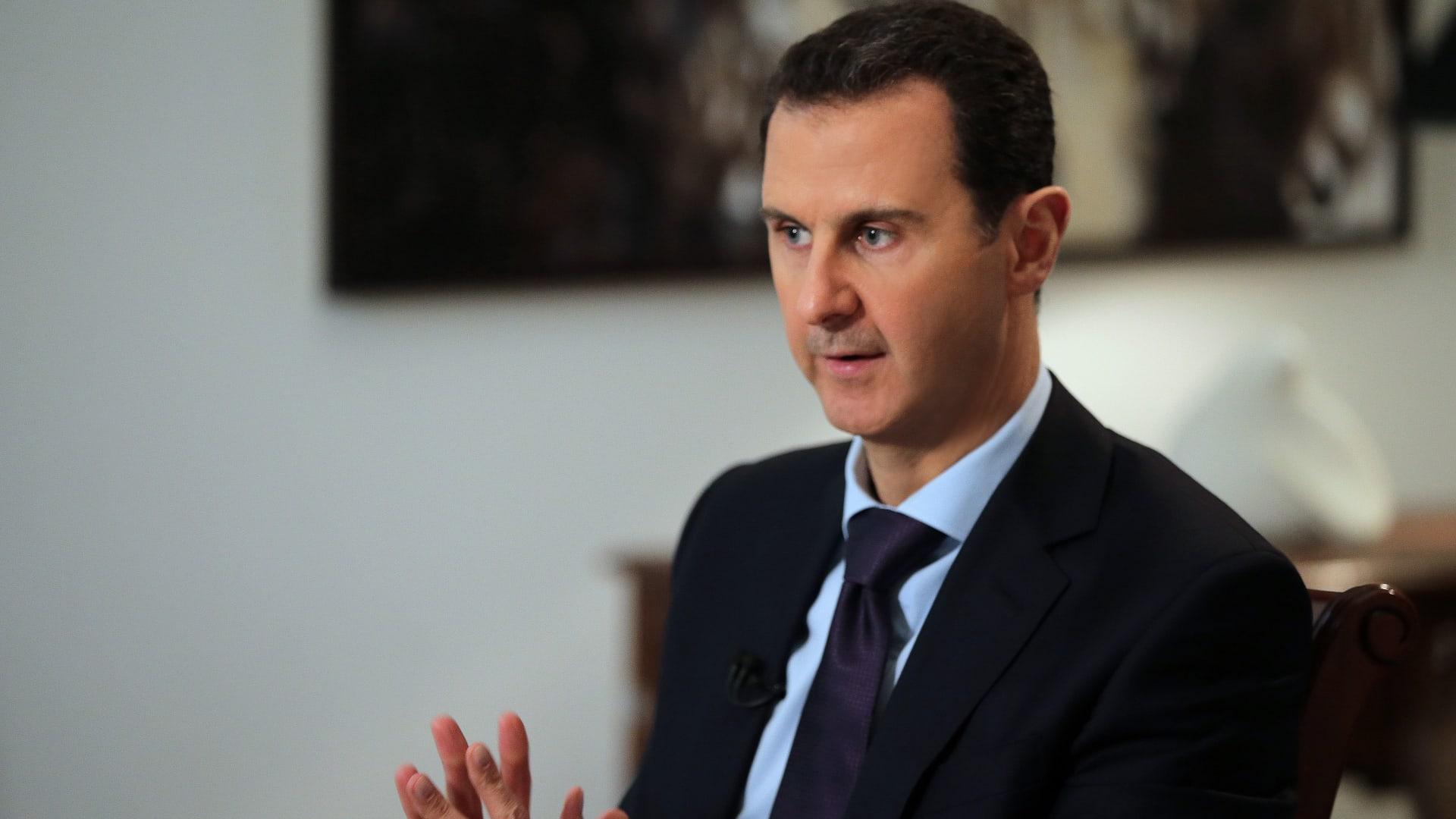 """توقف كلمة لبشار الأسد أمام مجلس الشعب بعد إصابته بـ""""هبوط ضغط"""""""