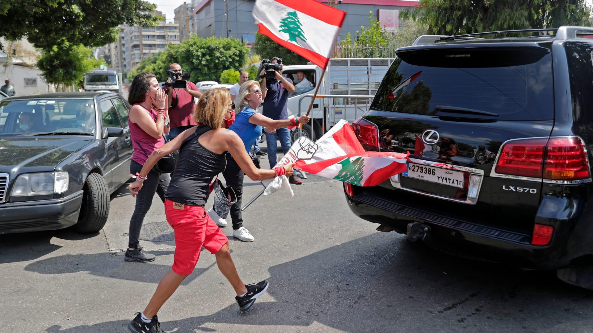 البرلمان اللبناني يقر الطوارئ واستقالة 8 نواب.. وبري: كانت هناك مؤامرة