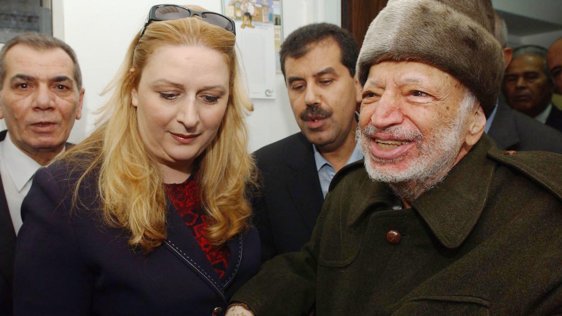 صور لسهى مع زوجها ياسر عرفات