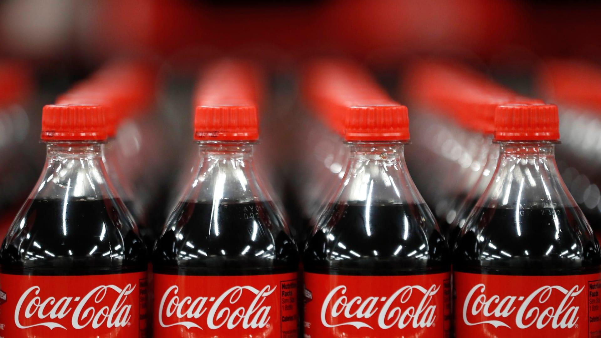 كوكا كولا تعرض التسريح الطوعي على 4 آلاف موظف
