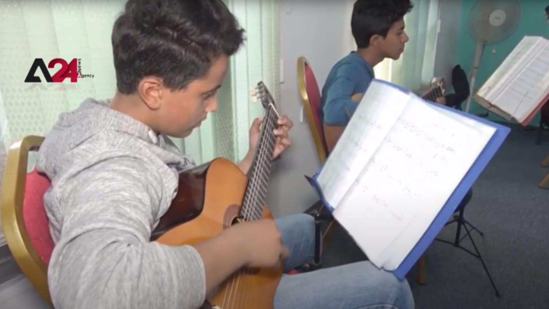رغم كورونا.. الموسيقى وسط ركام الحرب في اليمن