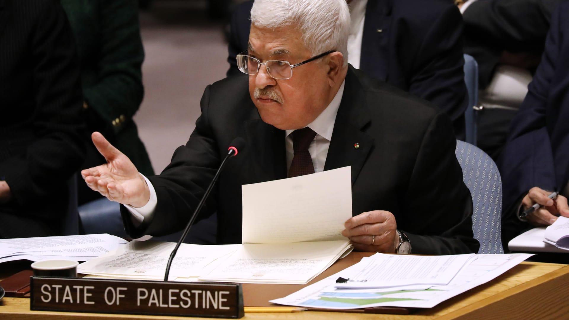 السلطة الفلسطينية تستدعي سفيرها بالبحرين بعد اتفاق السلام بين المملكة وإسرائيل