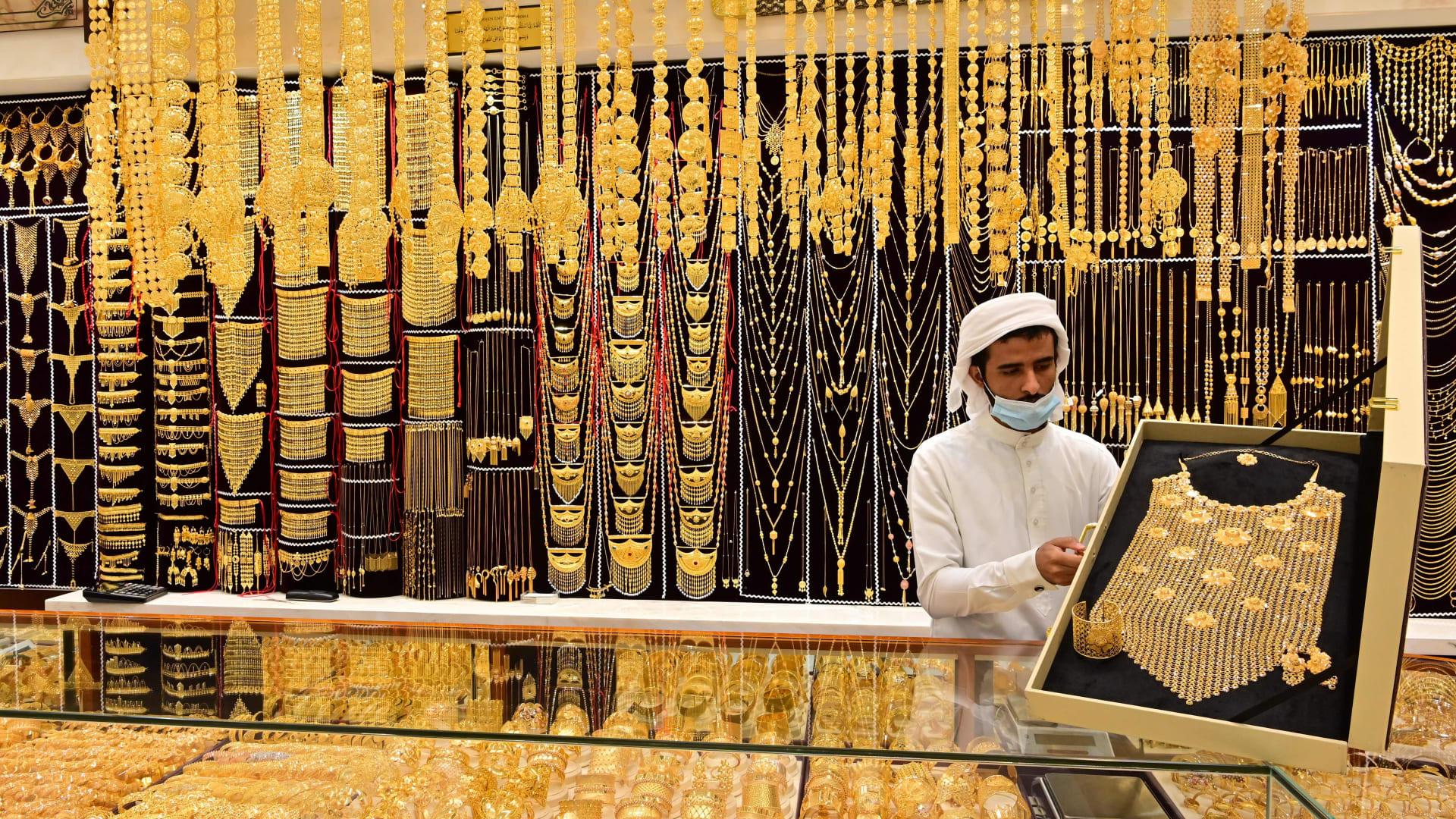 رغم كورونا.. هذه قيمة تجارة دبي من الذهب والألماس
