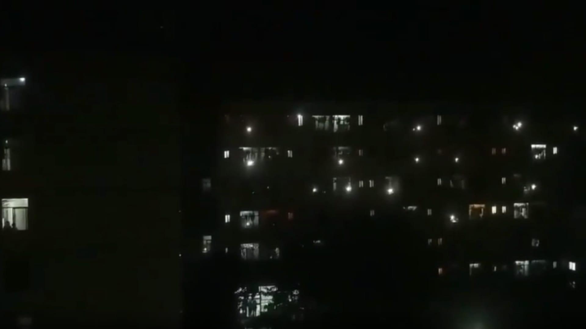 كاميرا ترصد صراخ ليلي من داخل جامعة صينية