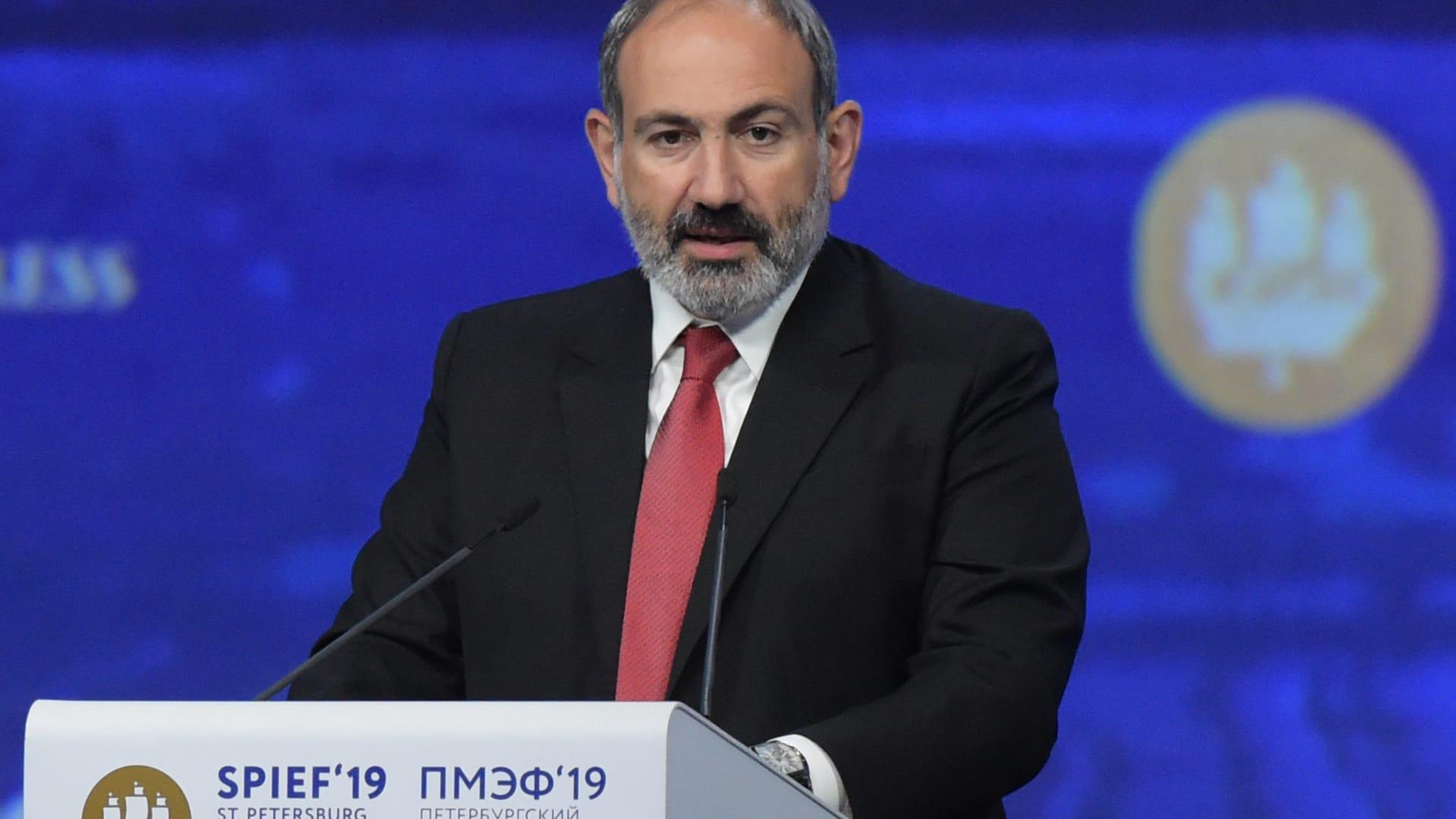 """ناغورني كاراباخ.. رئيس وزراء أرمينيا: نعيش """"أكثر اللحظات الحاسمة"""""""