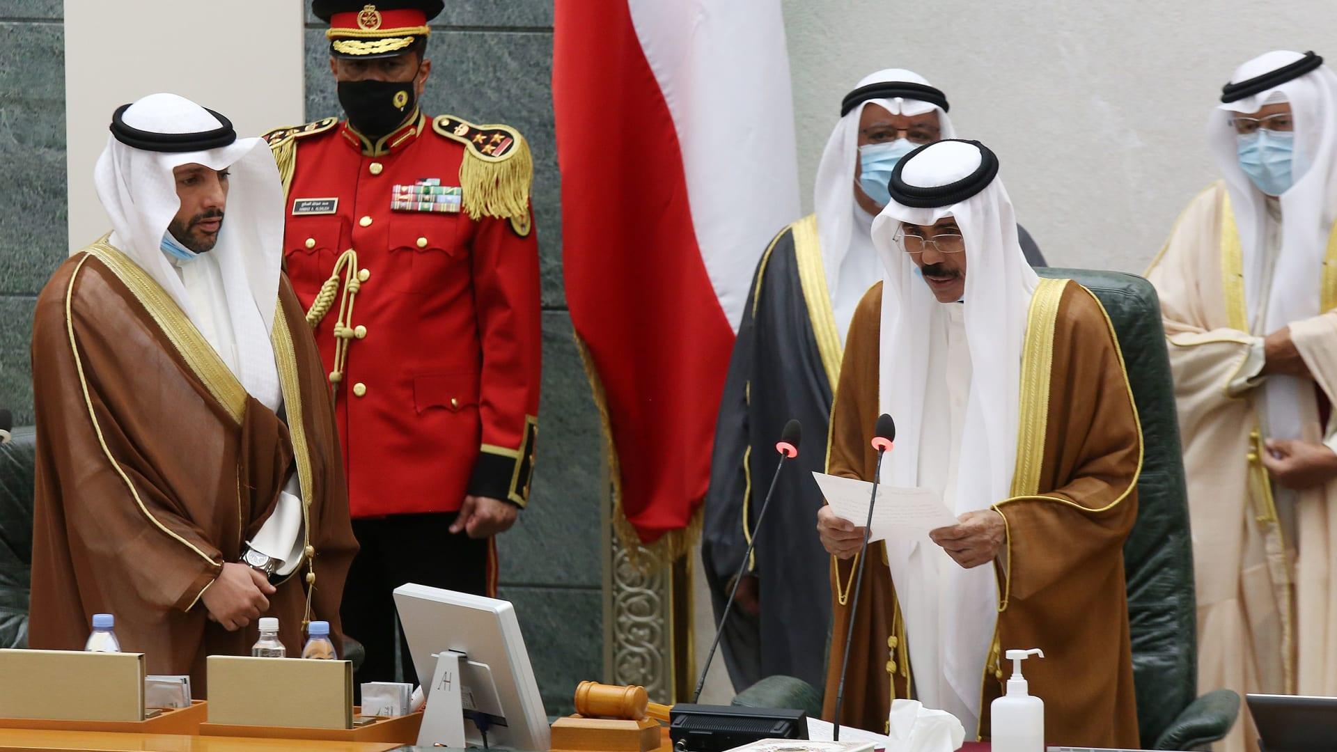 الشيخ نواف يؤدي اليمين الدستورية أميرا للكويت